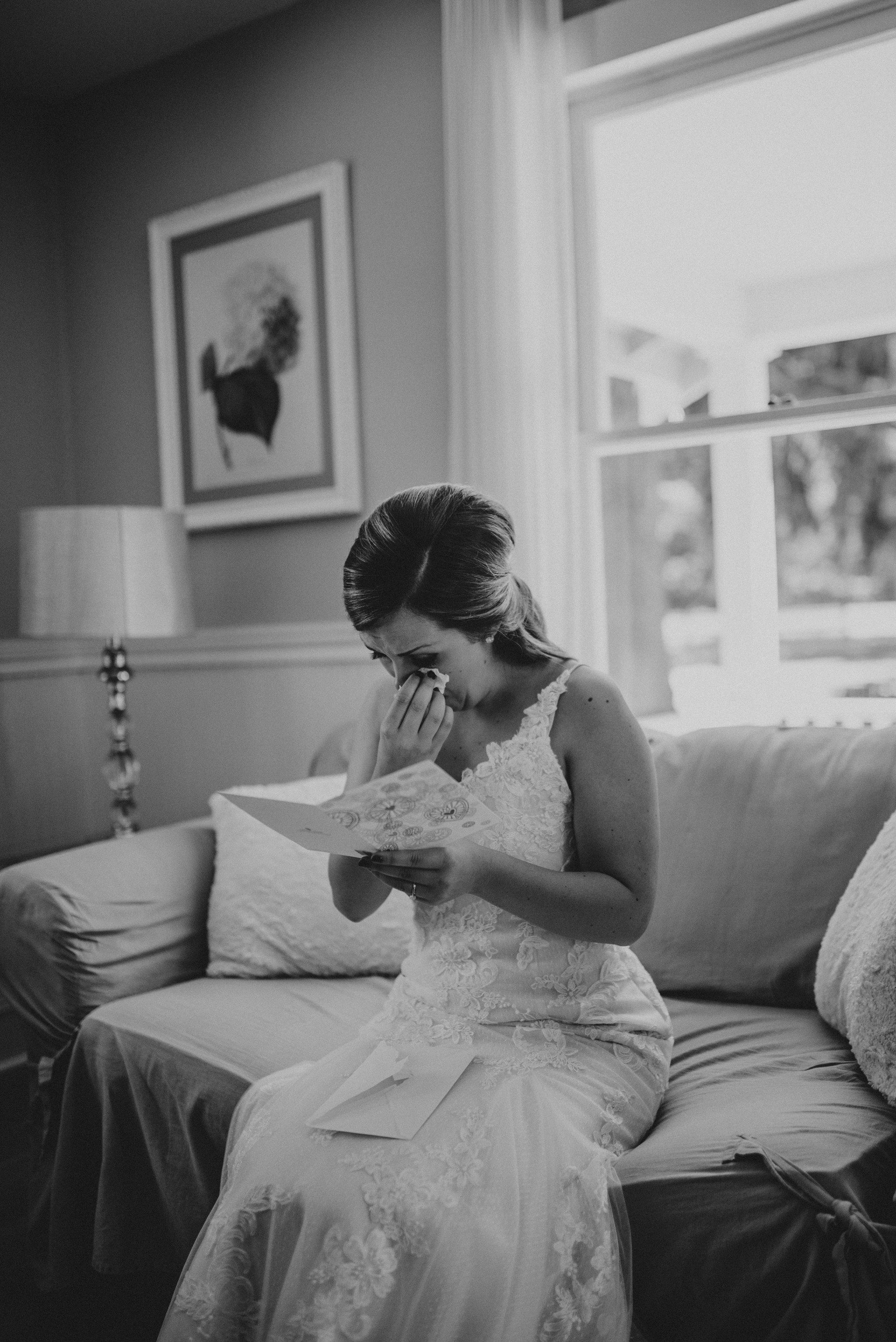 kristen-and-cody-the-kelley-farm-wedding-seattle-photographer-caitlyn-nikula-18.jpg