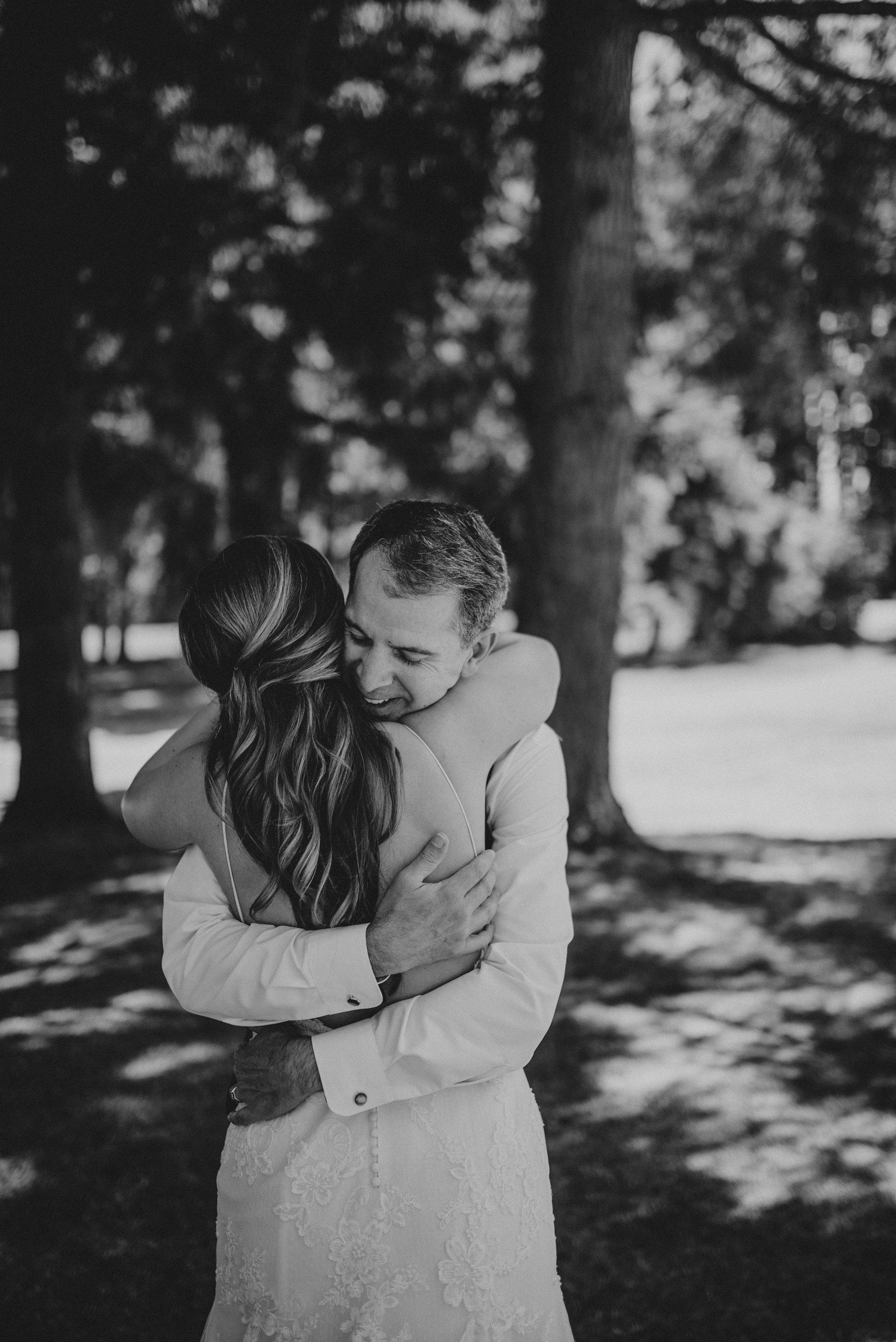 kristen-and-cody-the-kelley-farm-wedding-seattle-photographer-caitlyn-nikula-27.jpg