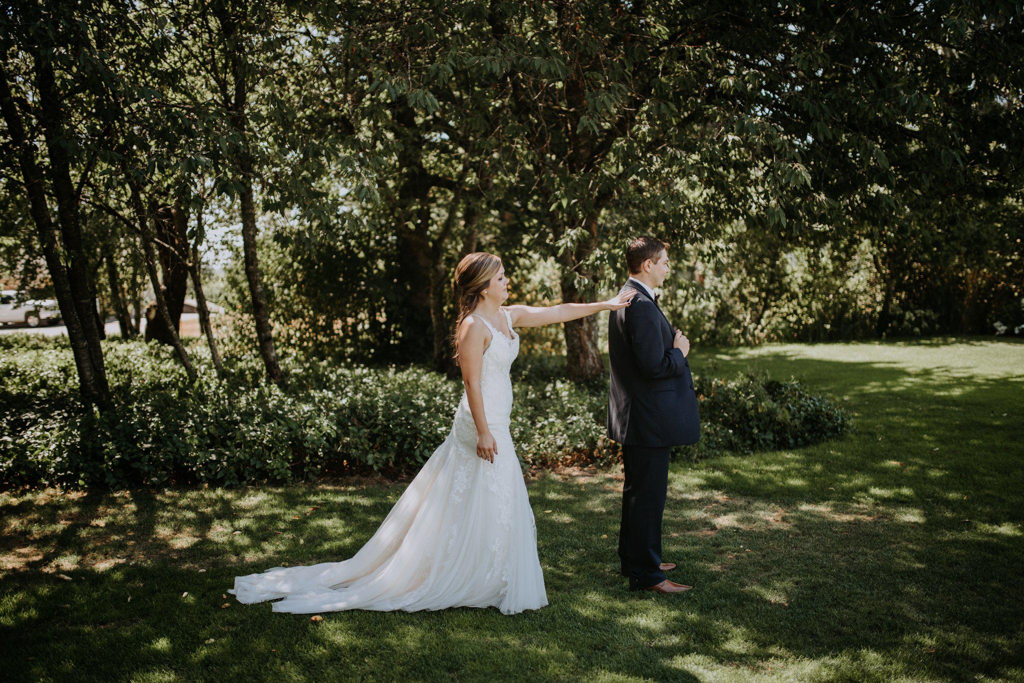 kristen-and-cody-the-kelley-farm-wedding-seattle-photographer-caitlyn-nikula-31.jpg