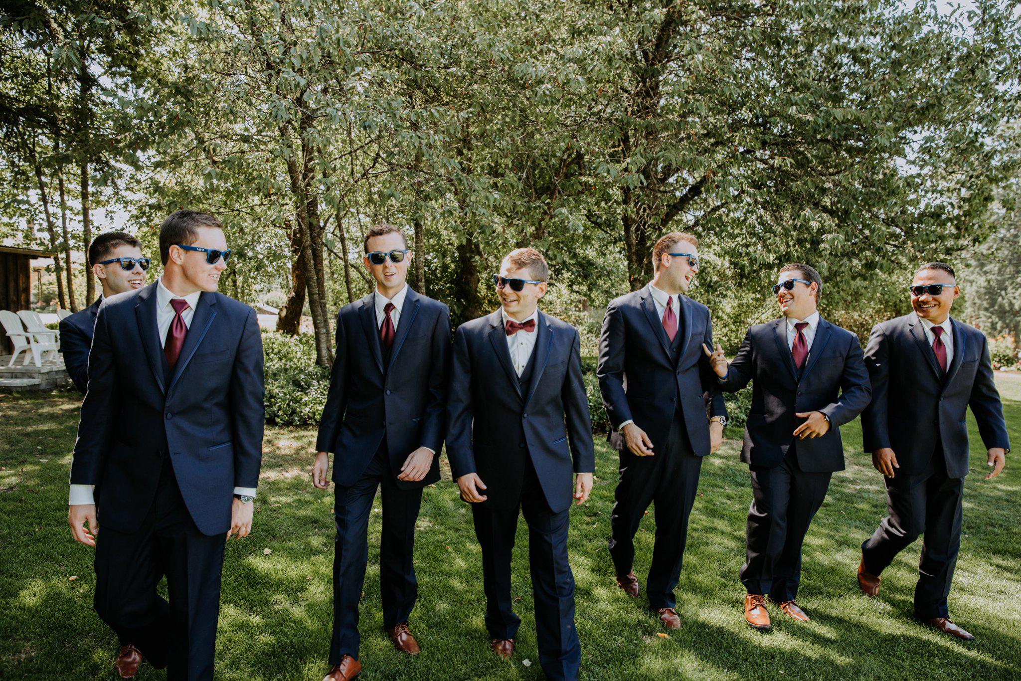 kristen-and-cody-the-kelley-farm-wedding-seattle-photographer-caitlyn-nikula-40.jpg