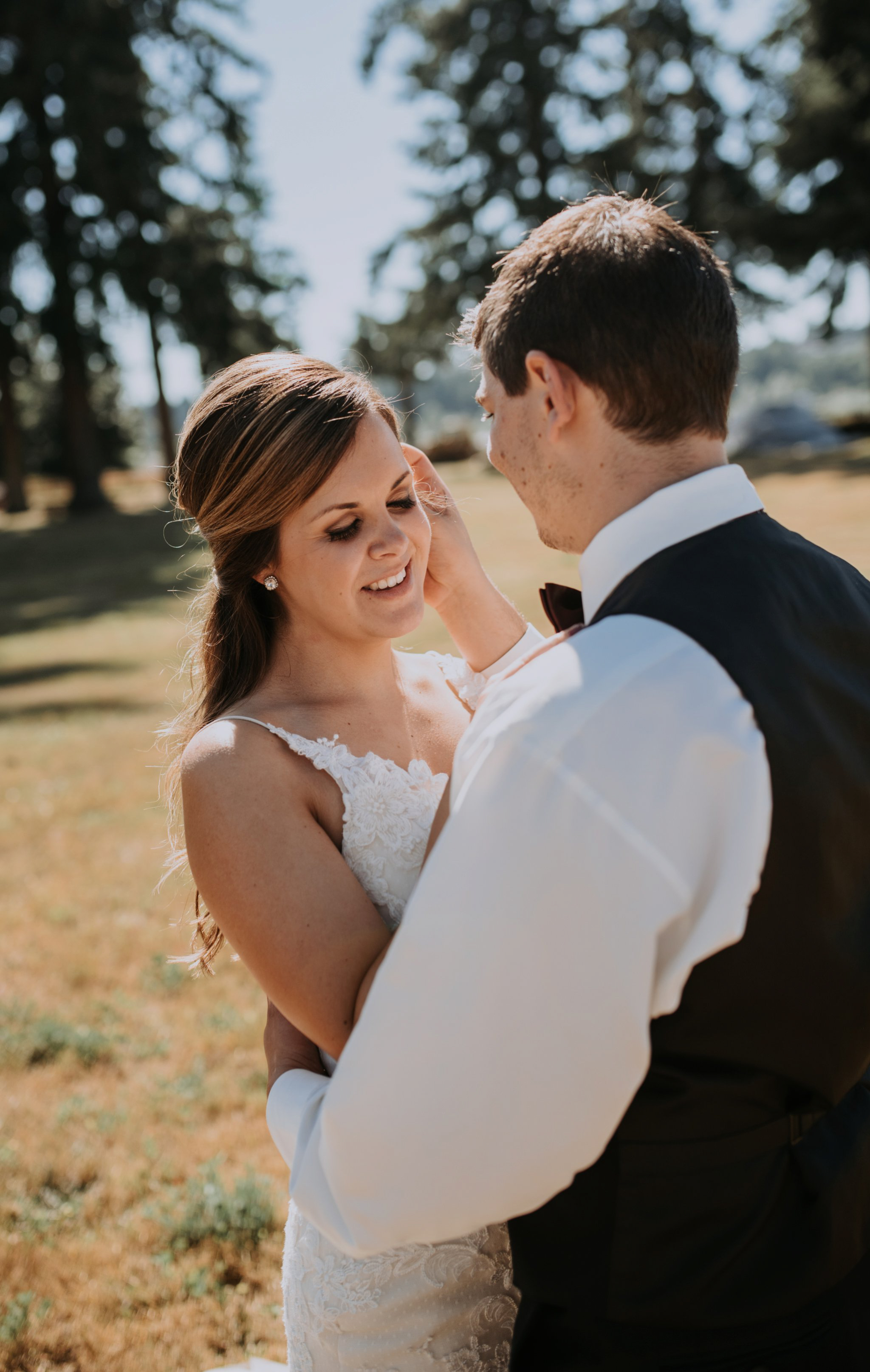 kristen-and-cody-the-kelley-farm-wedding-seattle-photographer-caitlyn-nikula-48.jpg