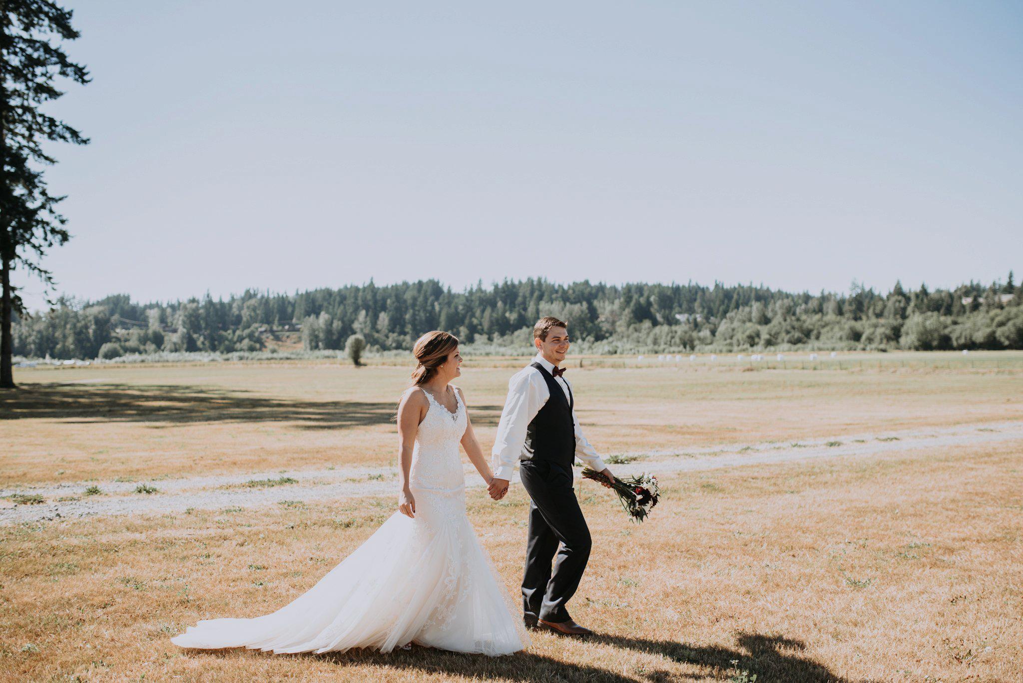 kristen-and-cody-the-kelley-farm-wedding-seattle-photographer-caitlyn-nikula-53.jpg