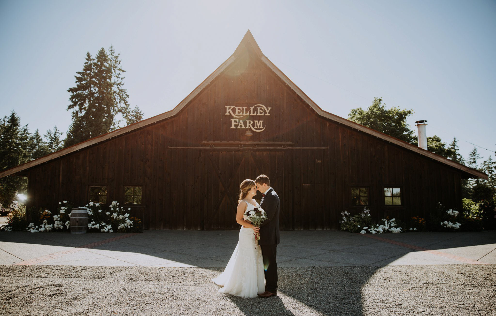 kristen-and-cody-the-kelley-farm-wedding-seattle-photographer-caitlyn-nikula-56.jpg