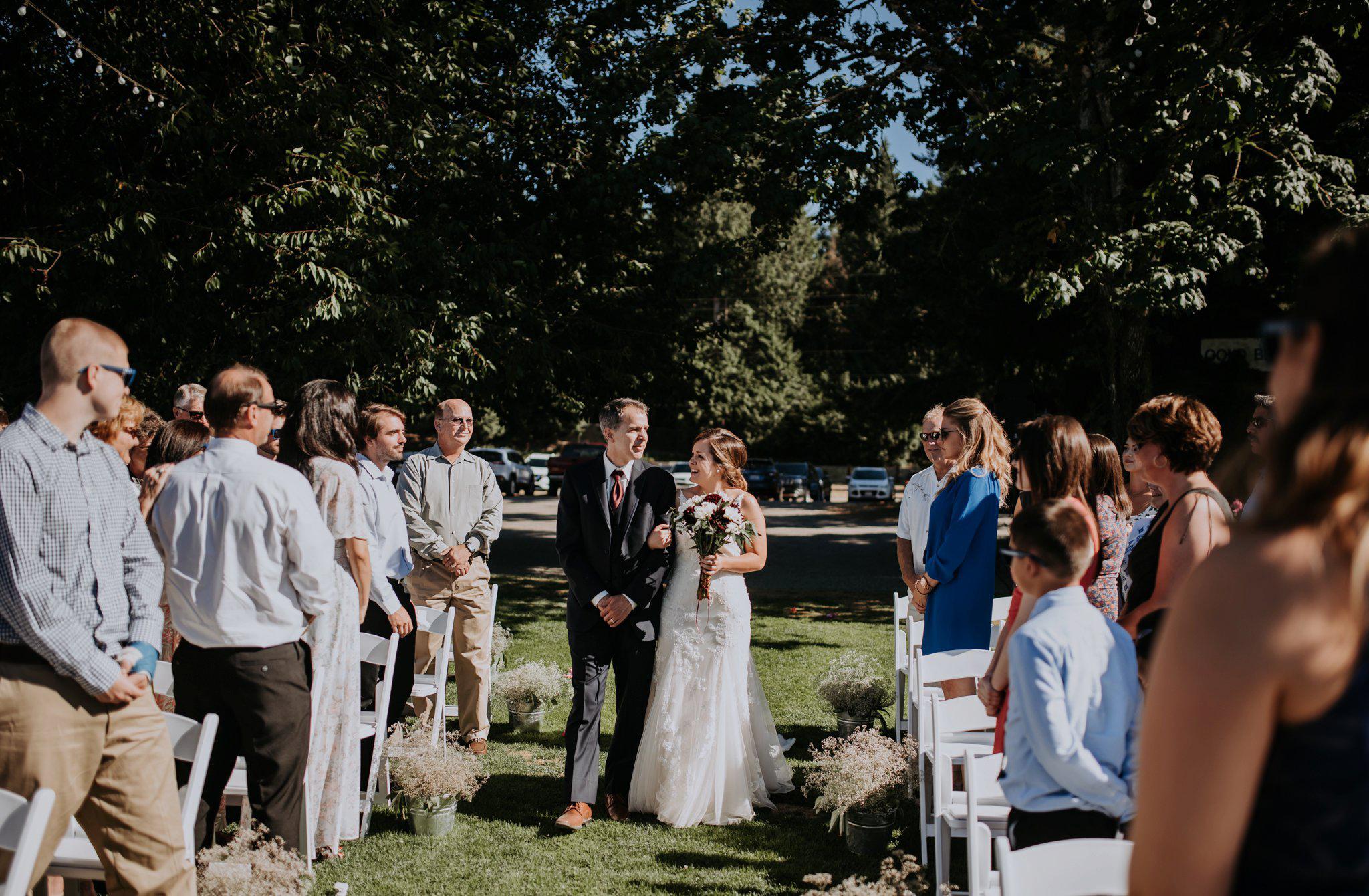 kristen-and-cody-the-kelley-farm-wedding-seattle-photographer-caitlyn-nikula-57.jpg