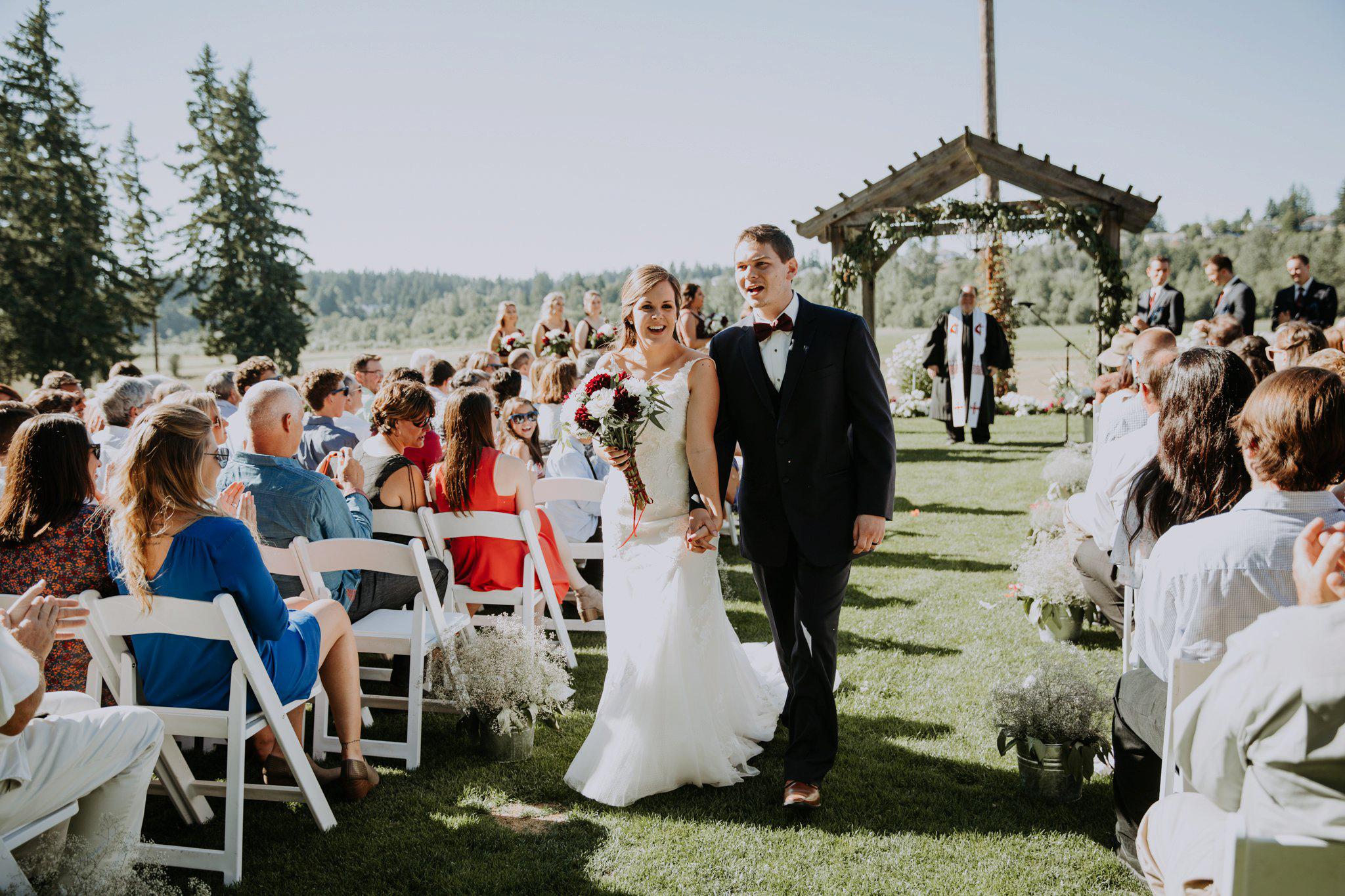 kristen-and-cody-the-kelley-farm-wedding-seattle-photographer-caitlyn-nikula-66.jpg