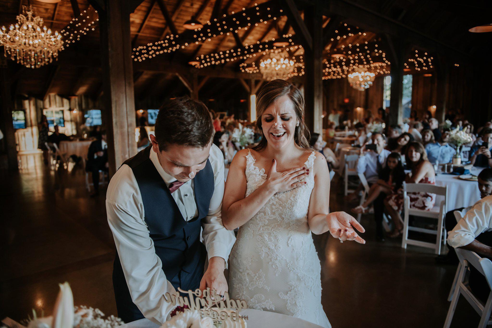 kristen-and-cody-the-kelley-farm-wedding-seattle-photographer-caitlyn-nikula-86.jpg