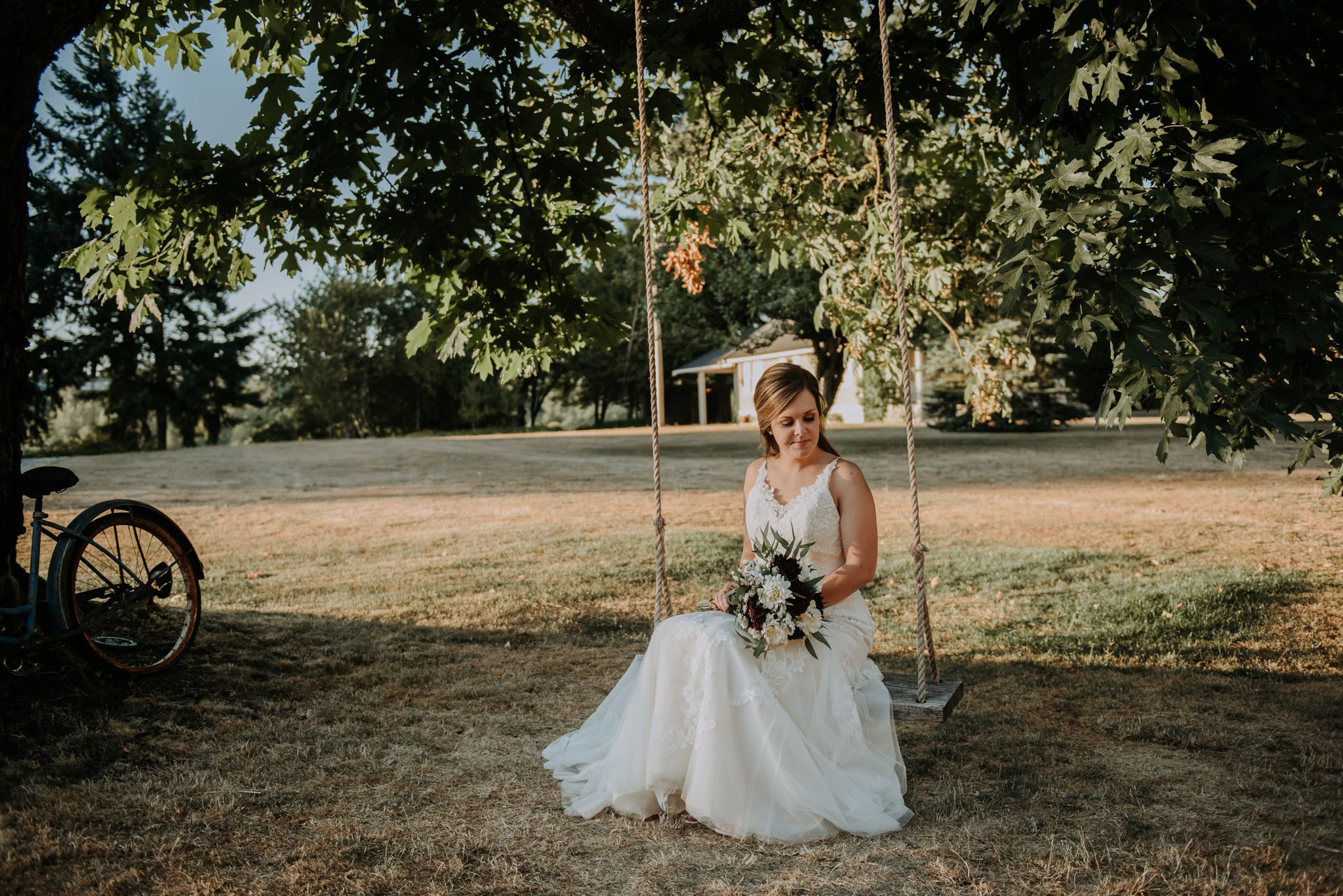 kristen-and-cody-the-kelley-farm-wedding-seattle-photographer-caitlyn-nikula-87.jpg