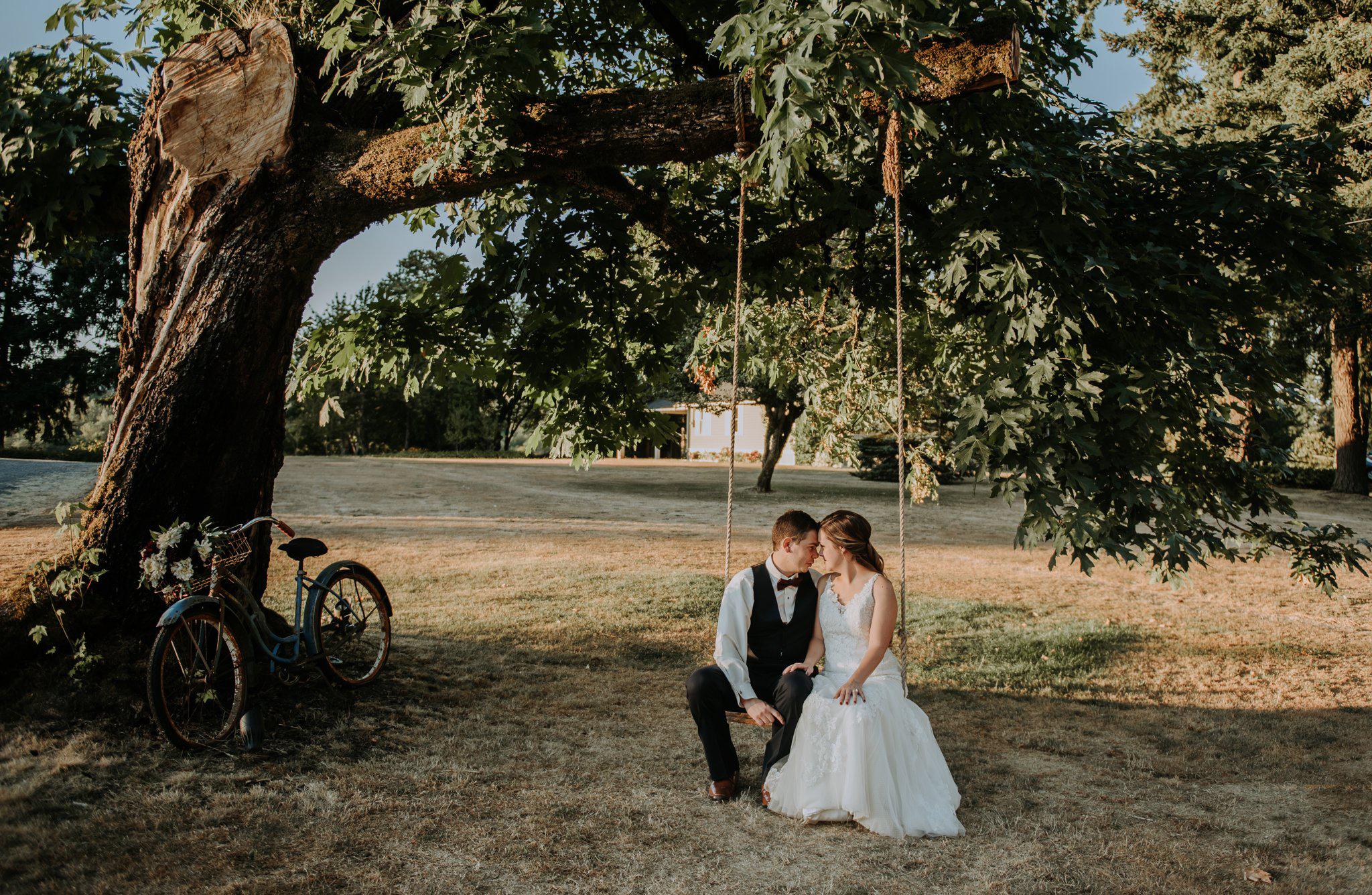 kristen-and-cody-the-kelley-farm-wedding-seattle-photographer-caitlyn-nikula-89.jpg