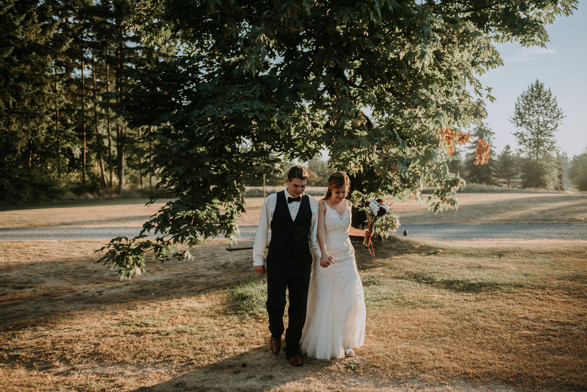 kristen-and-cody-the-kelley-farm-wedding-seattle-photographer-caitlyn-nikula-90.jpg