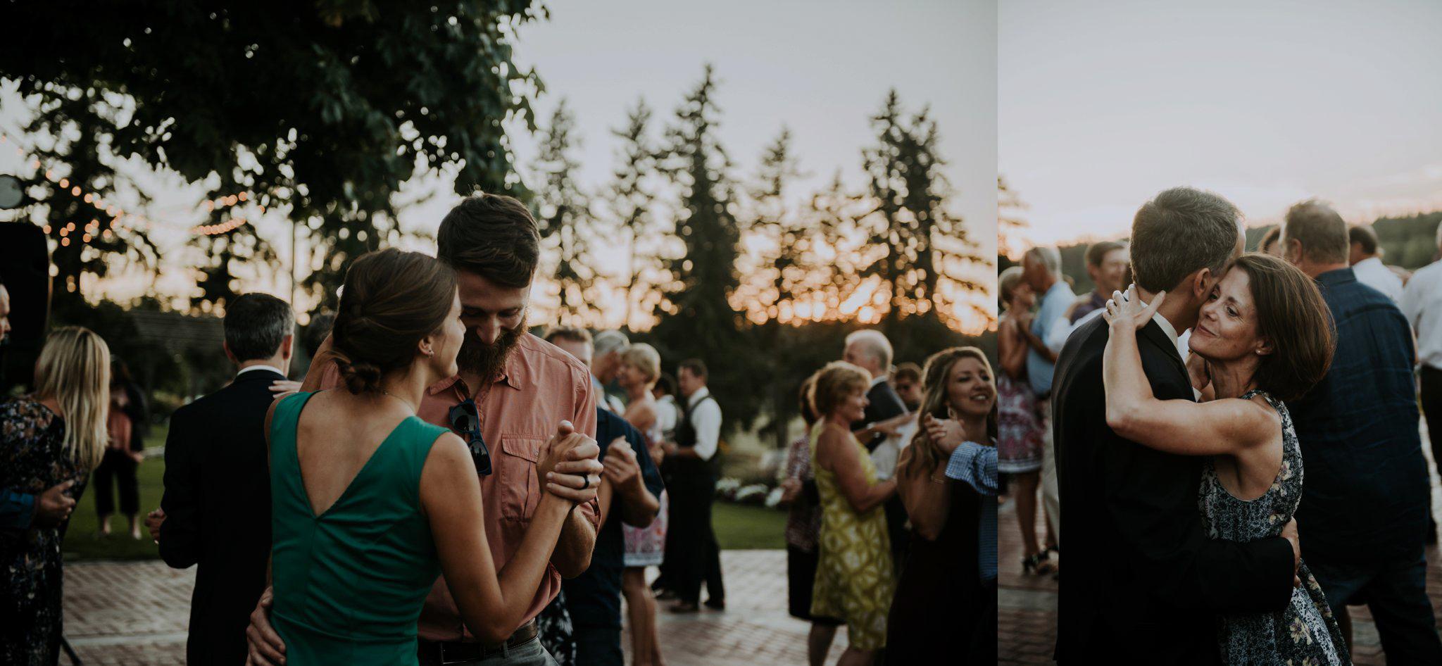 kristen-and-cody-the-kelley-farm-wedding-seattle-photographer-caitlyn-nikula-108.jpg