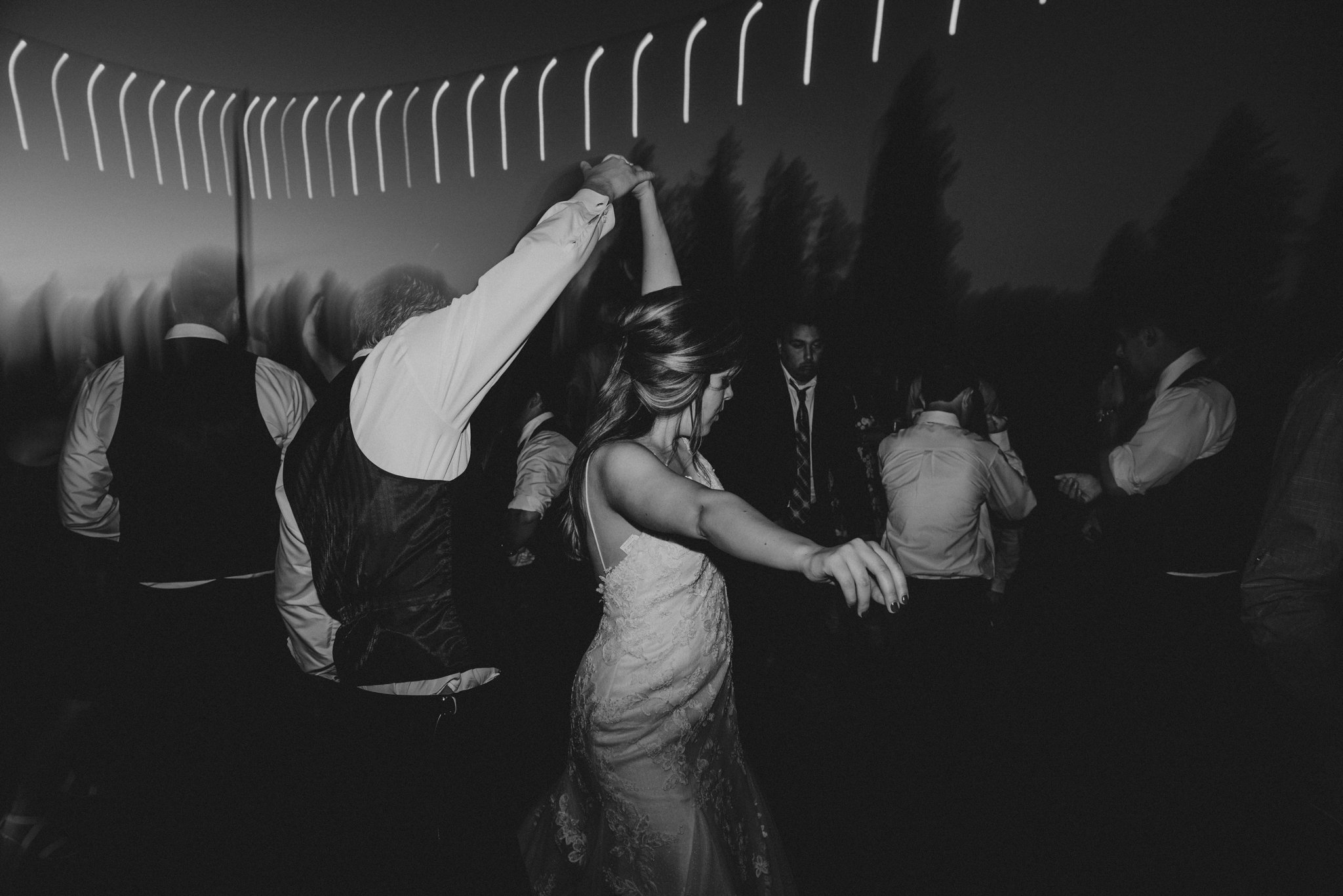 kristen-and-cody-the-kelley-farm-wedding-seattle-photographer-caitlyn-nikula-113.jpg