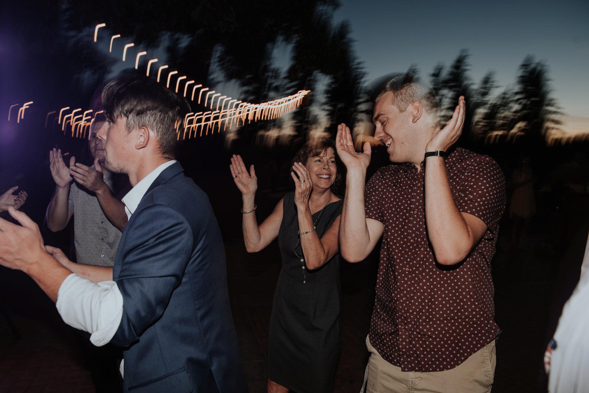 kristen-and-cody-the-kelley-farm-wedding-seattle-photographer-caitlyn-nikula-115.jpg