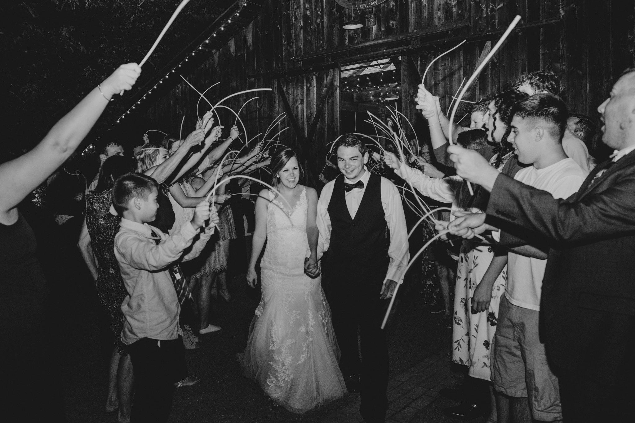 kristen-and-cody-the-kelley-farm-wedding-seattle-photographer-caitlyn-nikula-129.jpg