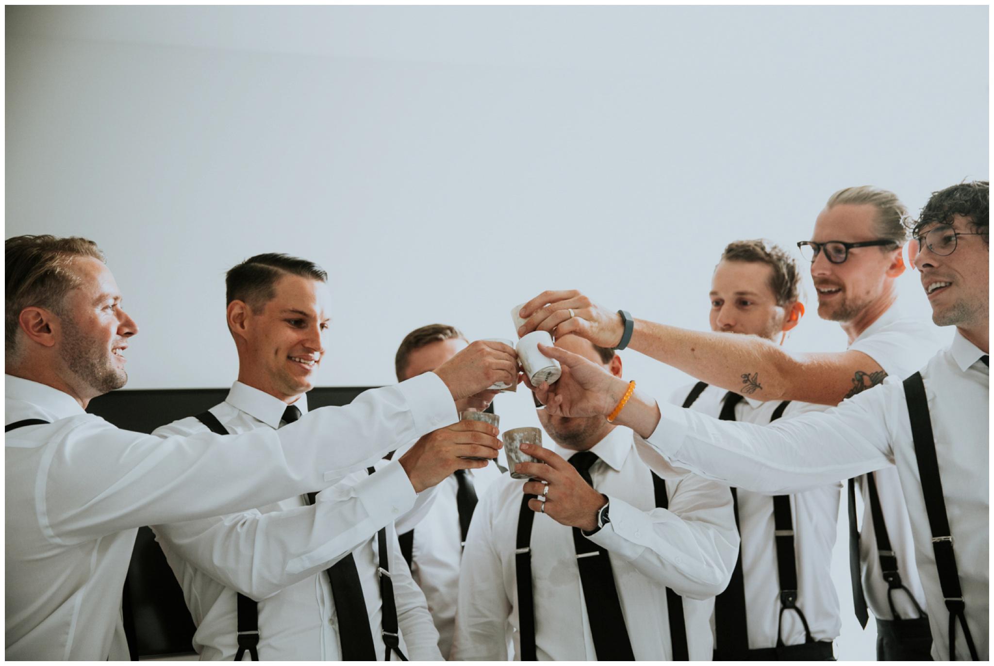 alyssa-keiran-westland-distillery-urban-seattle-wedding-photographer-caitlyn-nikula-10.jpg