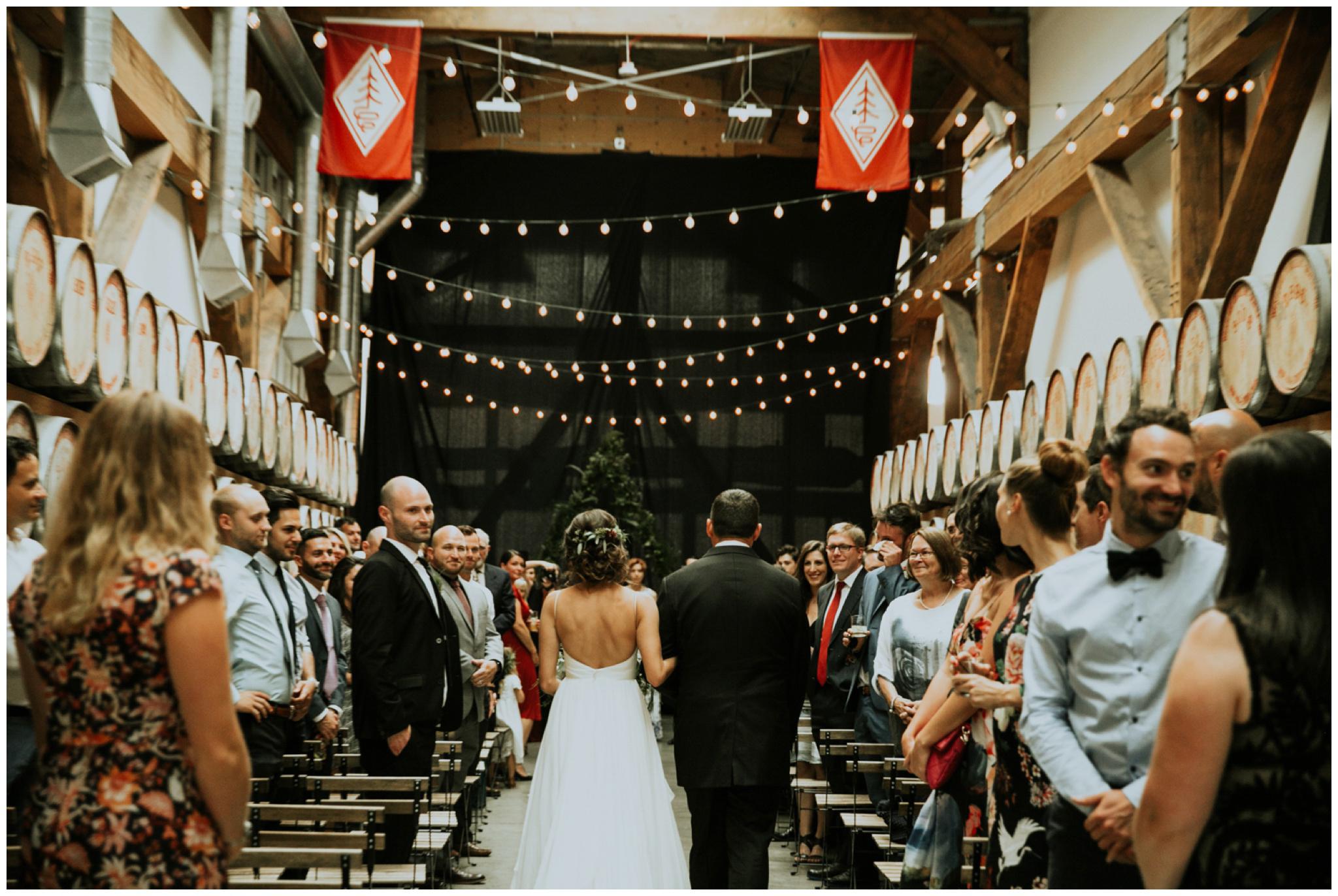 alyssa-keiran-westland-distillery-urban-seattle-wedding-photographer-caitlyn-nikula-15.jpg