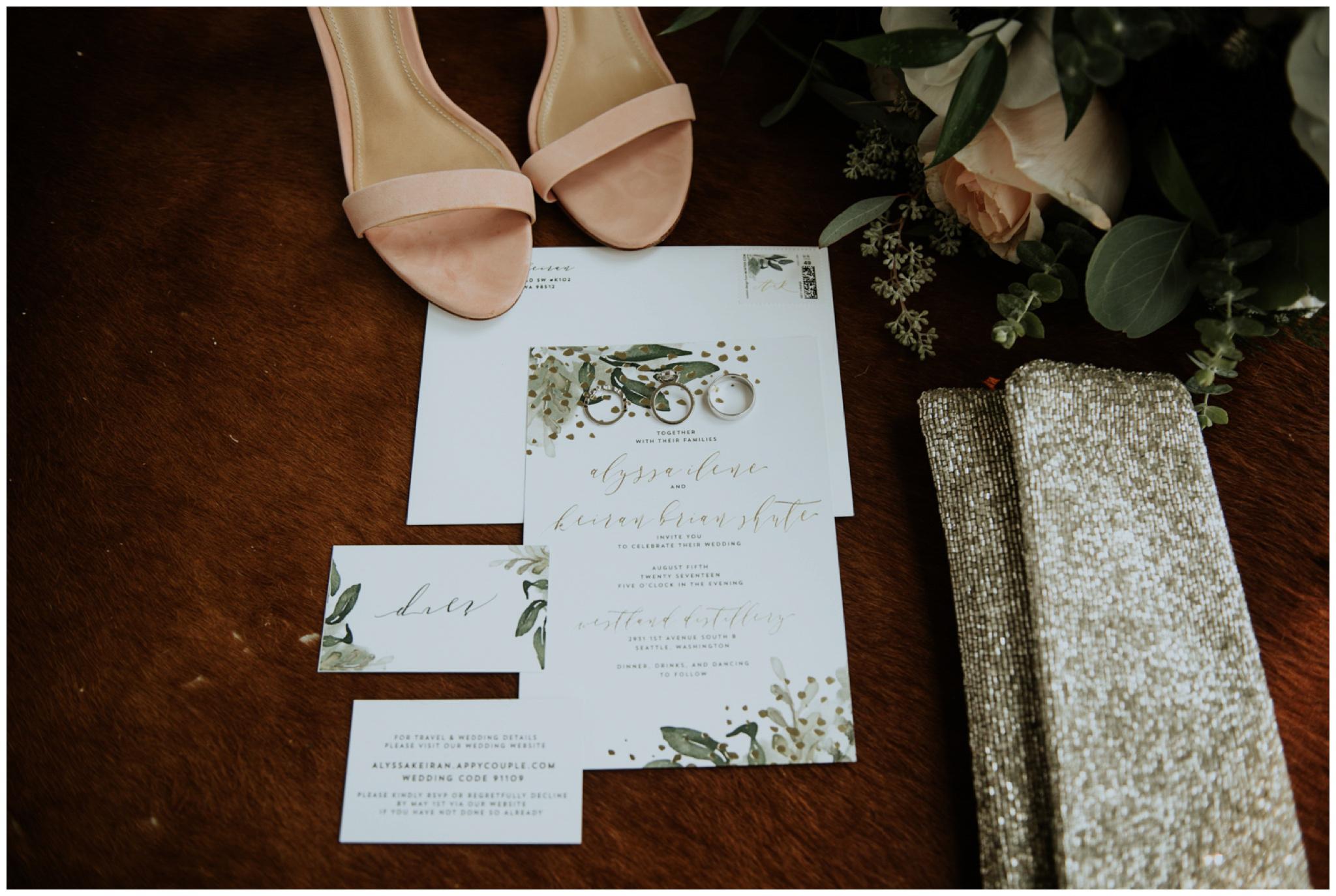 alyssa-keiran-westland-distillery-urban-seattle-wedding-photographer-caitlyn-nikula-23.jpg