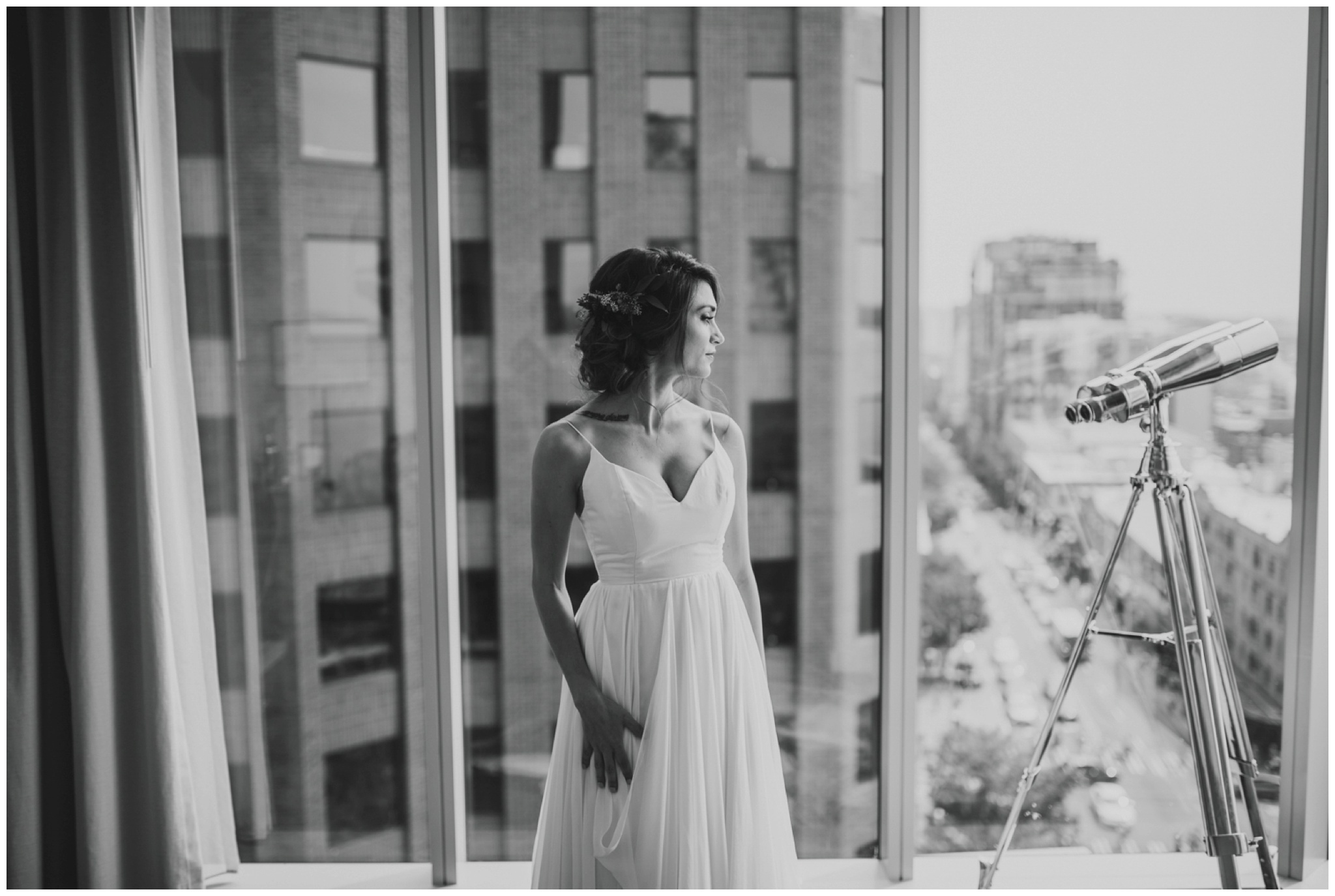 alyssa-keiran-westland-distillery-urban-seattle-wedding-photographer-caitlyn-nikula-38.jpg