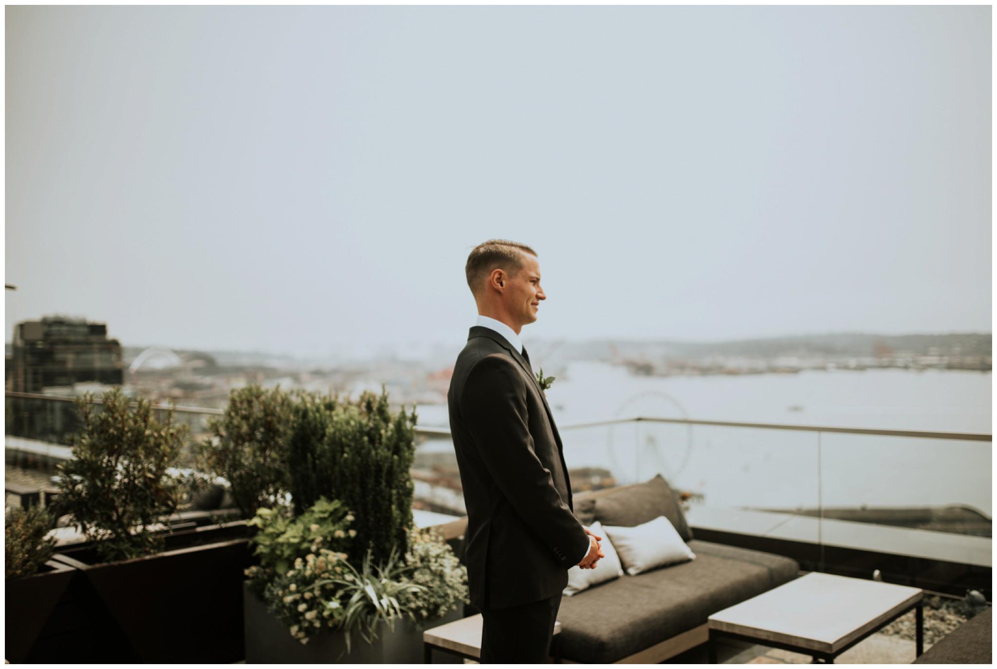 alyssa-keiran-westland-distillery-urban-seattle-wedding-photographer-caitlyn-nikula-44.jpg