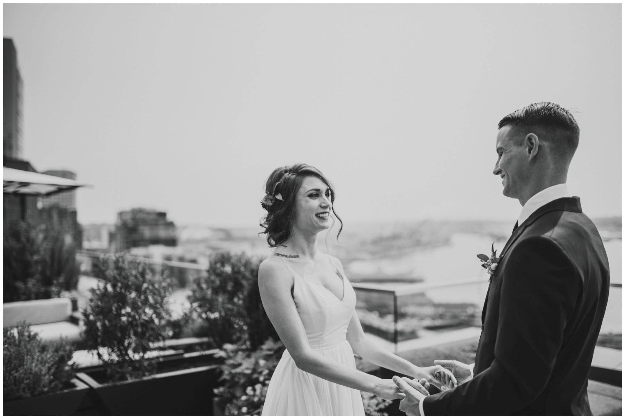 alyssa-keiran-westland-distillery-urban-seattle-wedding-photographer-caitlyn-nikula-50.jpg