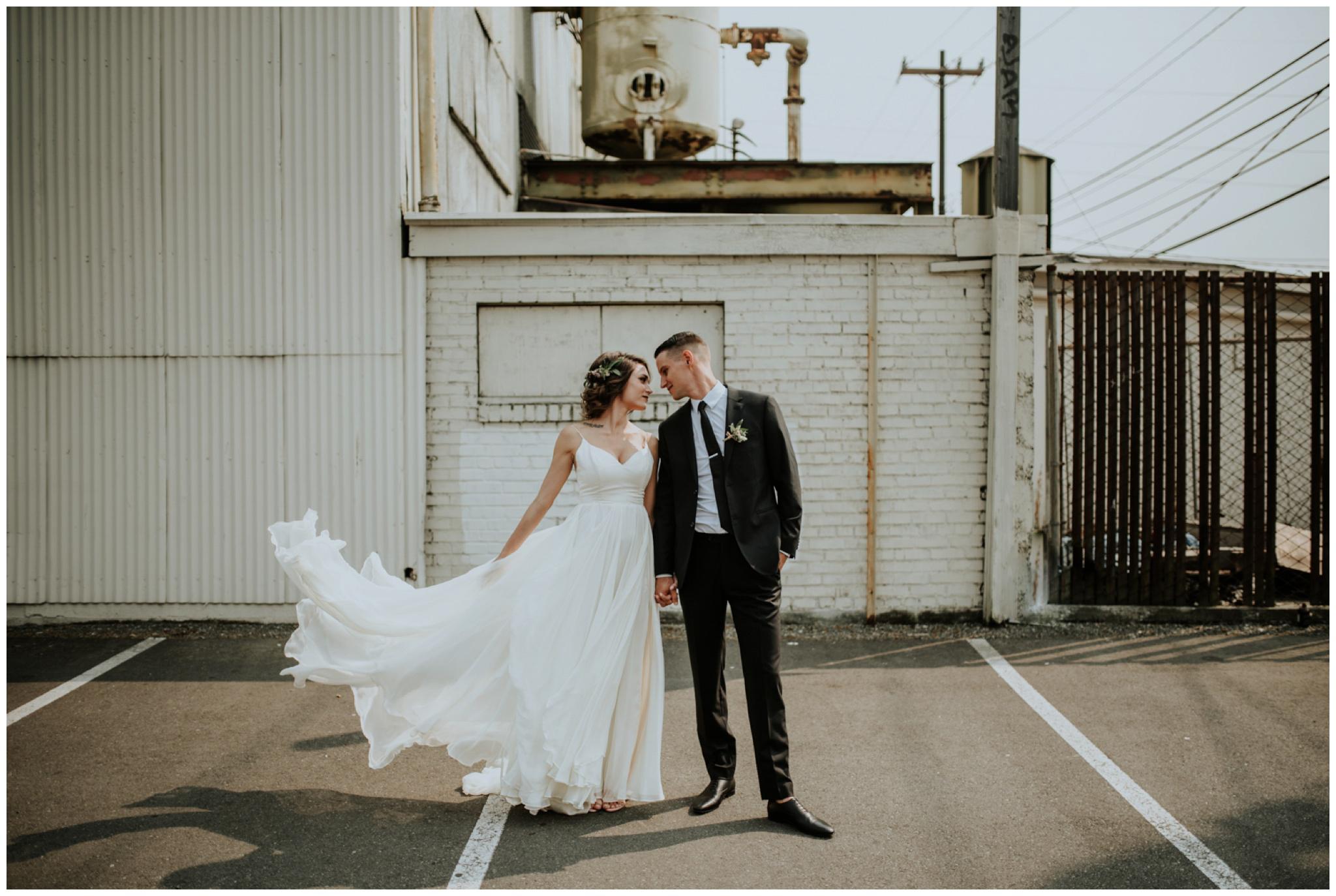 alyssa-keiran-westland-distillery-urban-seattle-wedding-photographer-caitlyn-nikula-77.jpg
