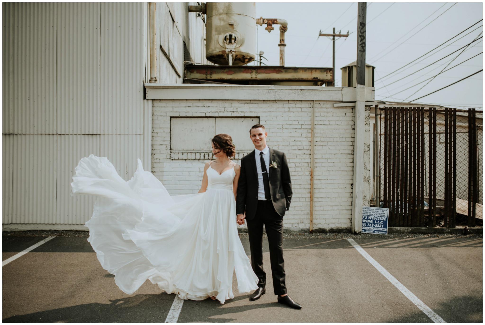 alyssa-keiran-westland-distillery-urban-seattle-wedding-photographer-caitlyn-nikula-76.jpg