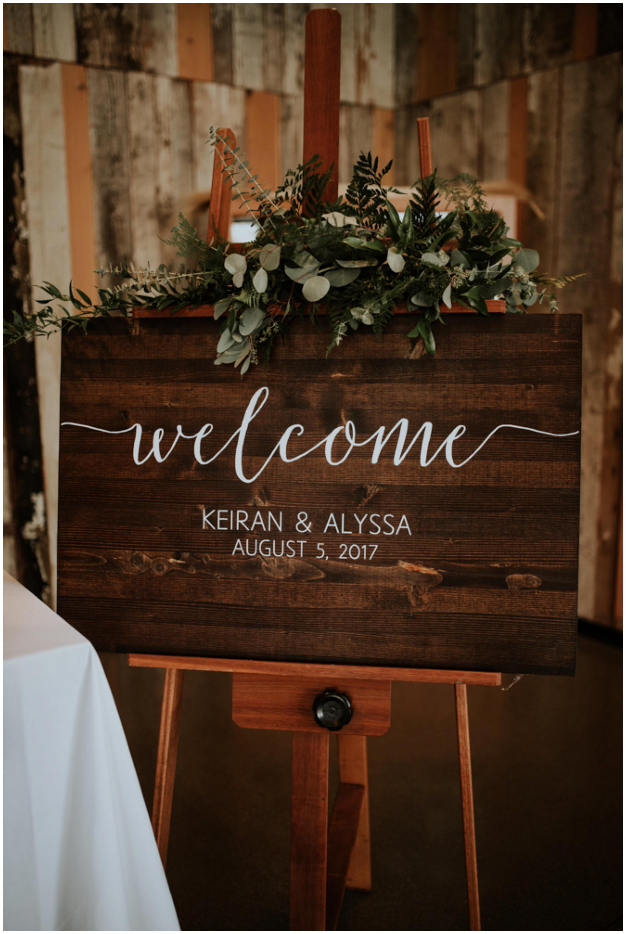 alyssa-keiran-westland-distillery-urban-seattle-wedding-photographer-caitlyn-nikula-101.jpg