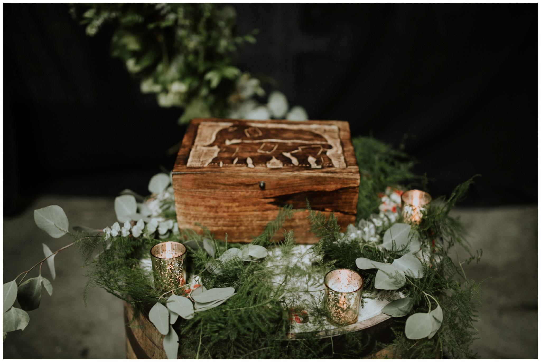 alyssa-keiran-westland-distillery-urban-seattle-wedding-photographer-caitlyn-nikula-104.jpg