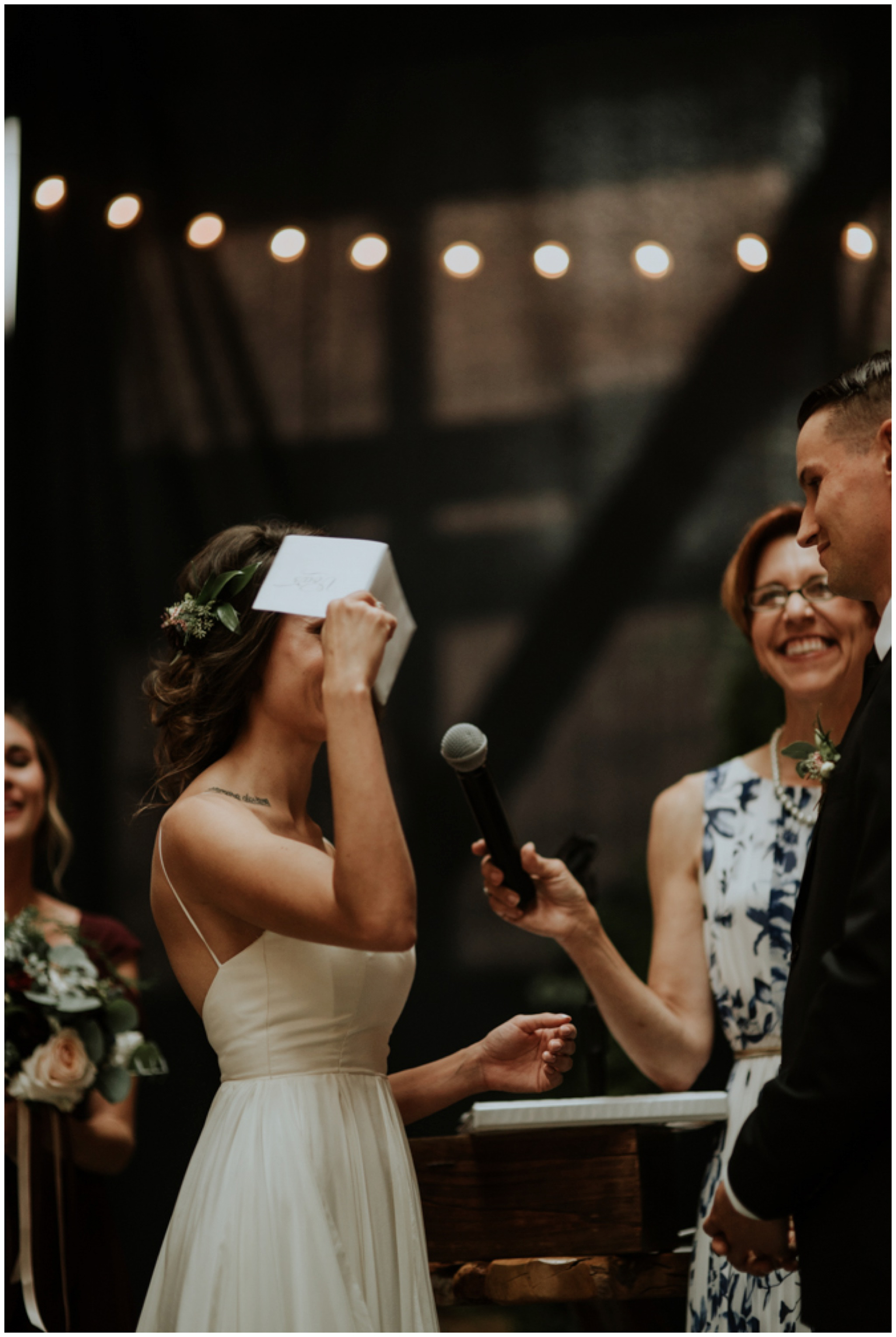 alyssa-keiran-westland-distillery-urban-seattle-wedding-photographer-caitlyn-nikula-118.jpg