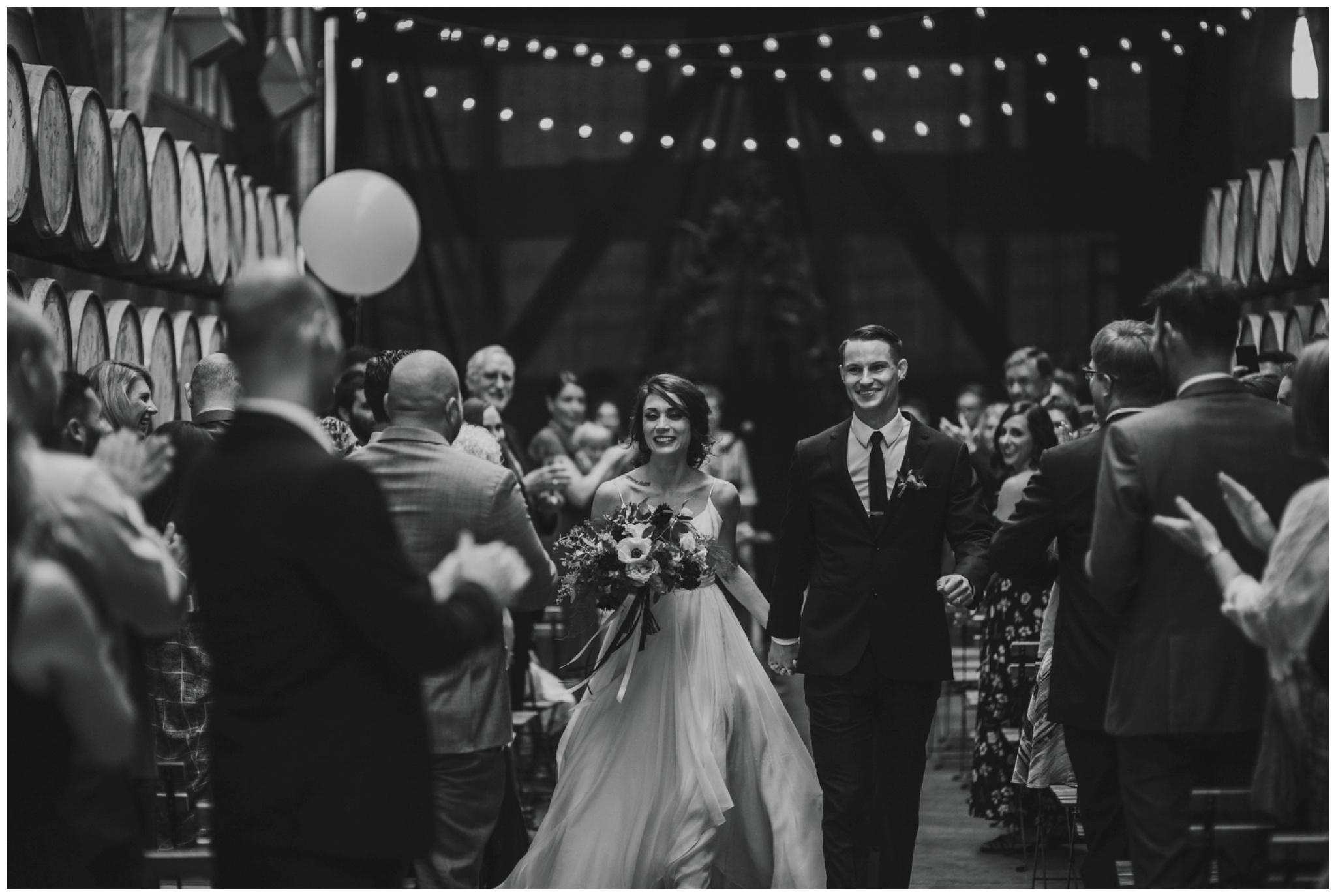 alyssa-keiran-westland-distillery-urban-seattle-wedding-photographer-caitlyn-nikula-124.jpg
