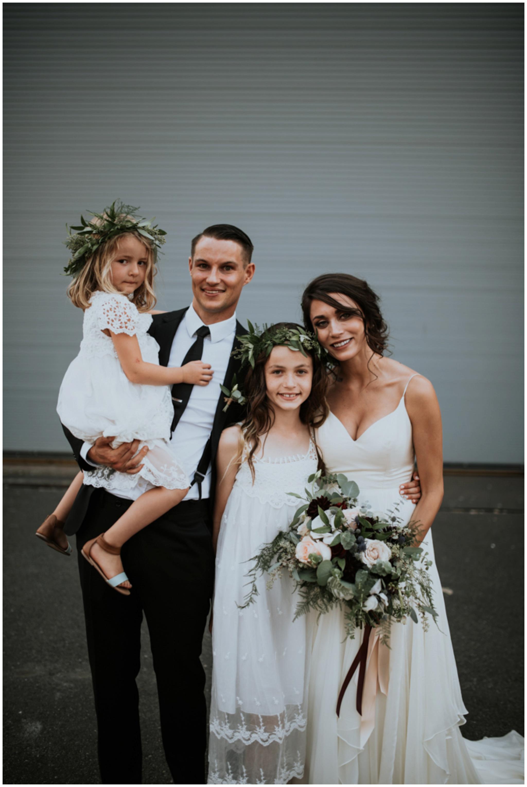 alyssa-keiran-westland-distillery-urban-seattle-wedding-photographer-caitlyn-nikula-127.jpg
