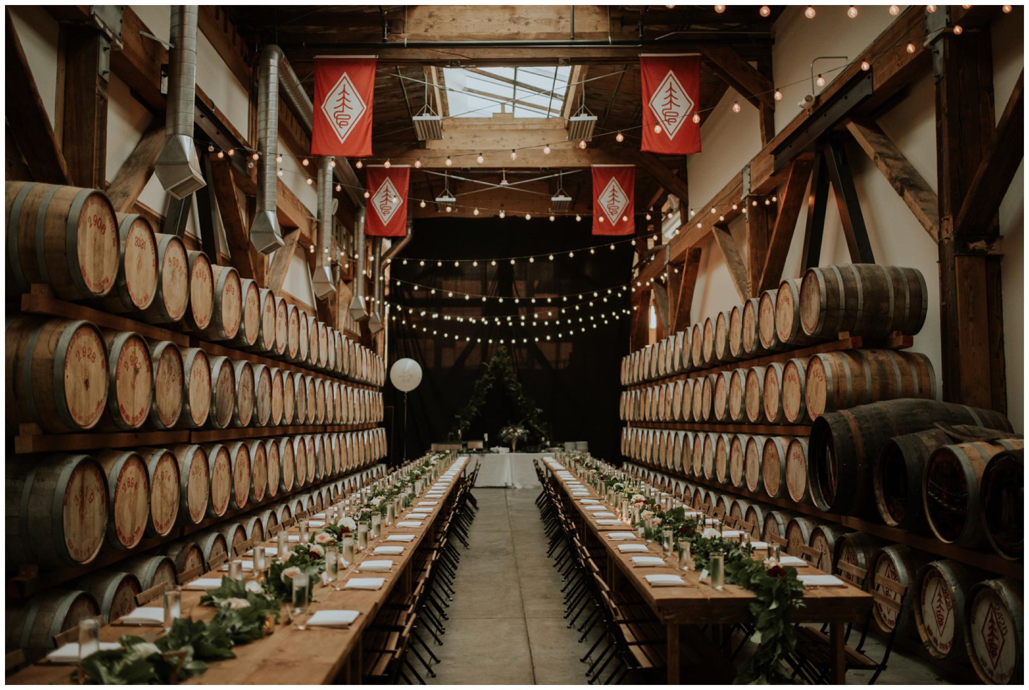 alyssa-keiran-westland-distillery-urban-seattle-wedding-photographer-caitlyn-nikula-134.jpg