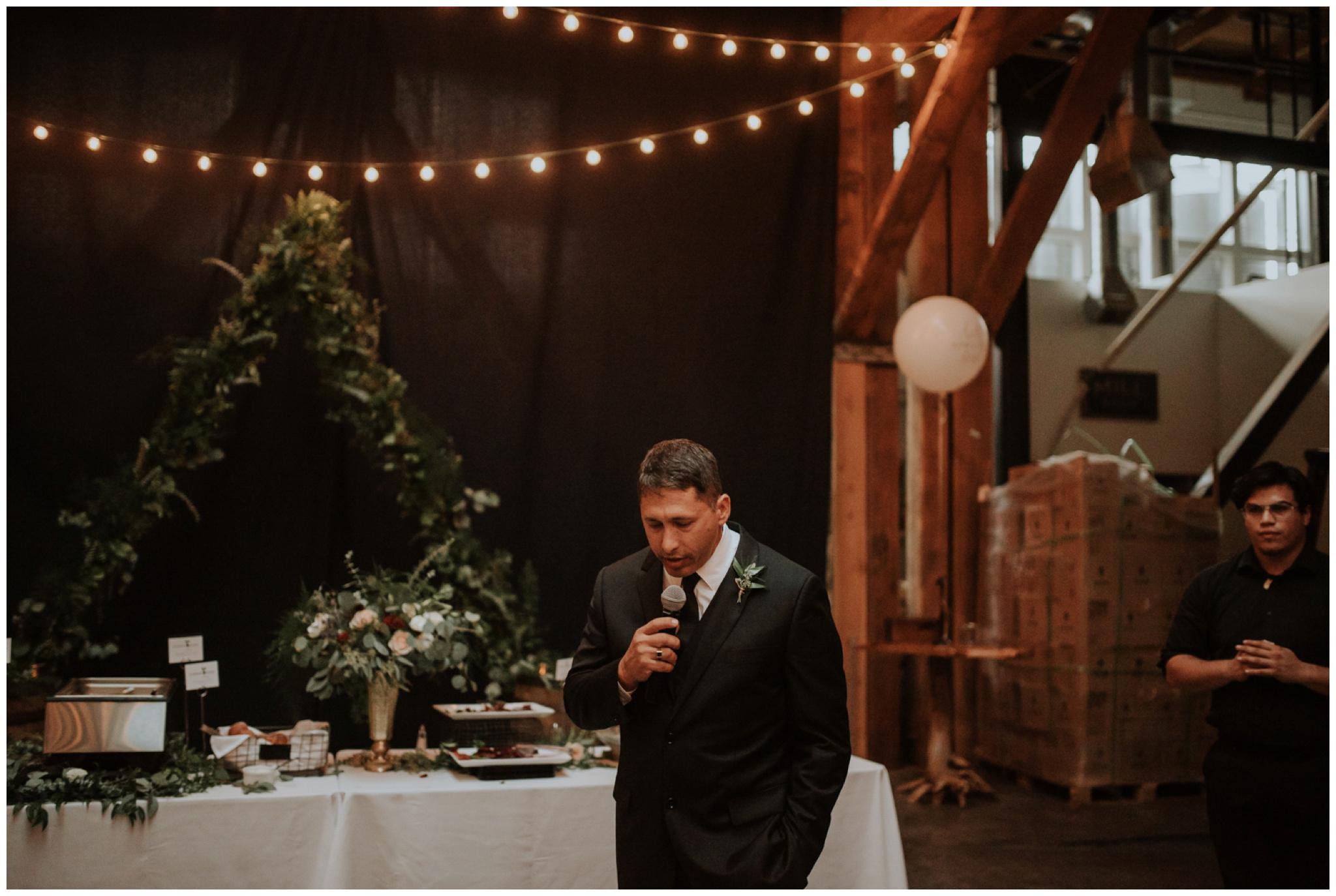 alyssa-keiran-westland-distillery-urban-seattle-wedding-photographer-caitlyn-nikula-137.jpg