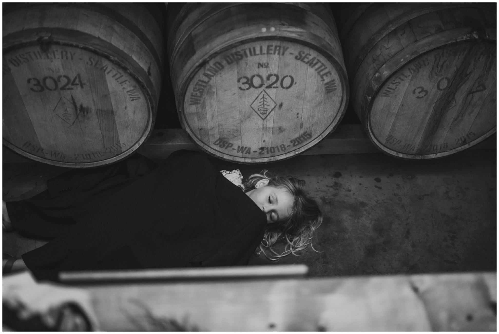 alyssa-keiran-westland-distillery-urban-seattle-wedding-photographer-caitlyn-nikula-161.jpg