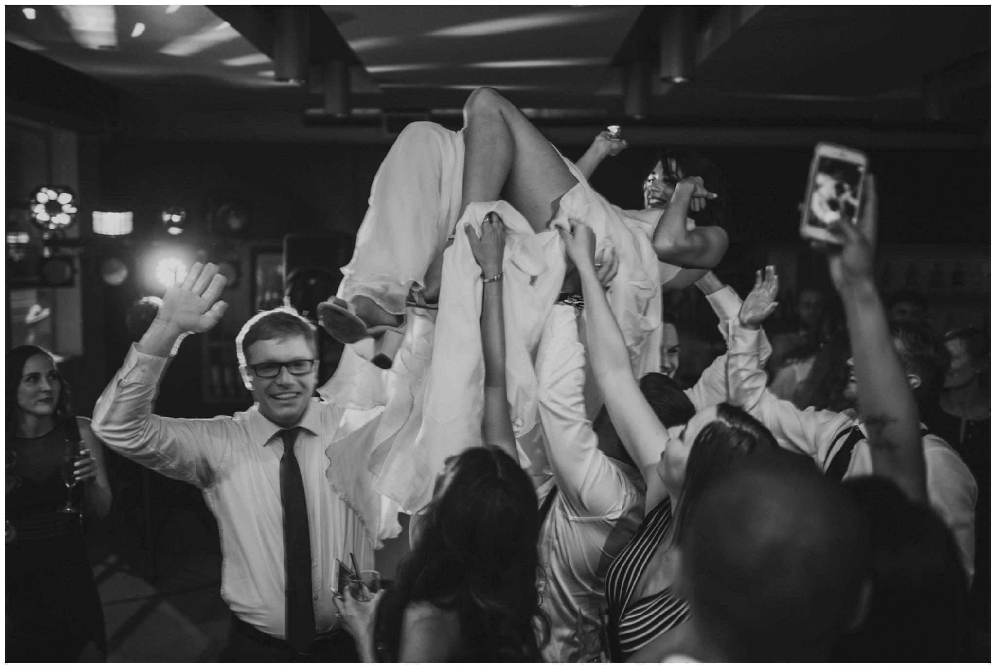 alyssa-keiran-westland-distillery-urban-seattle-wedding-photographer-caitlyn-nikula-166.jpg