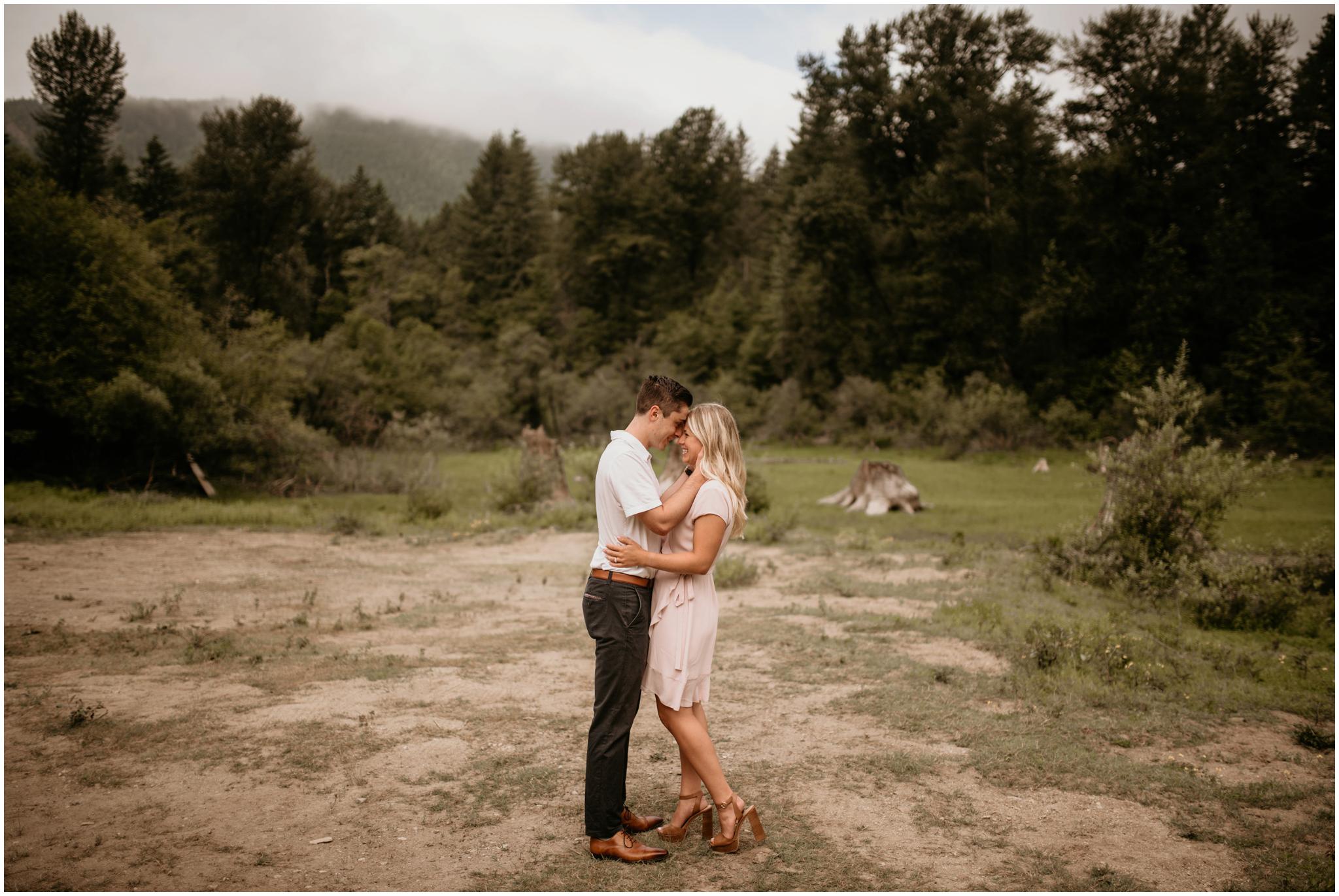 katie-nolan-rattlesnake-lake-engagement-session-seattle-wedding-photographer-001.jpg