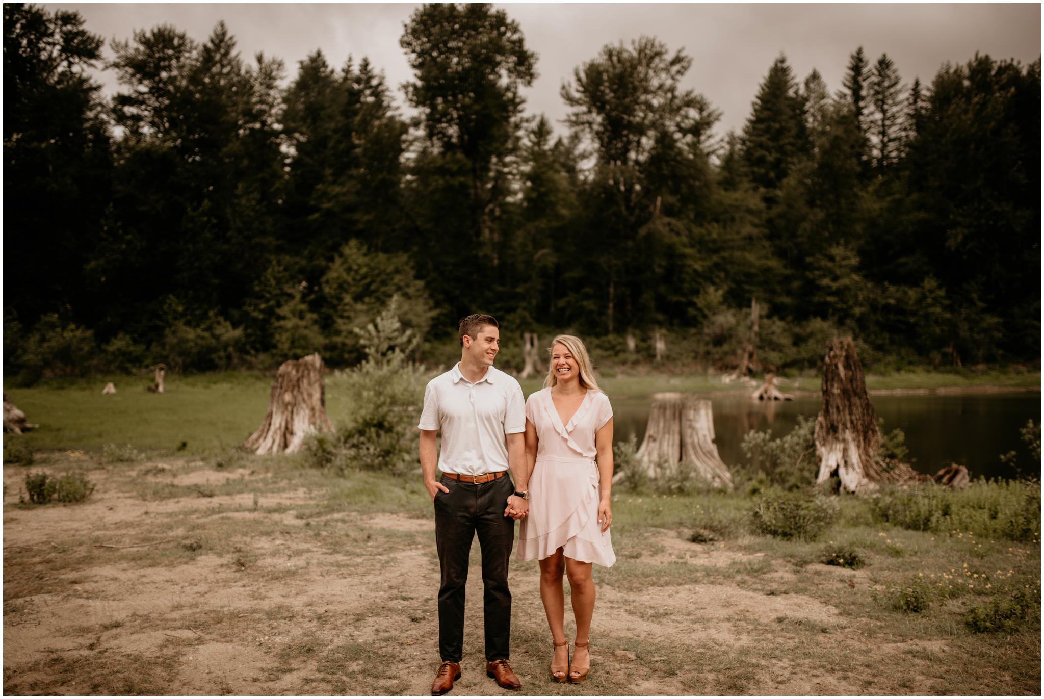 katie-nolan-rattlesnake-lake-engagement-session-seattle-wedding-photographer-004.jpg