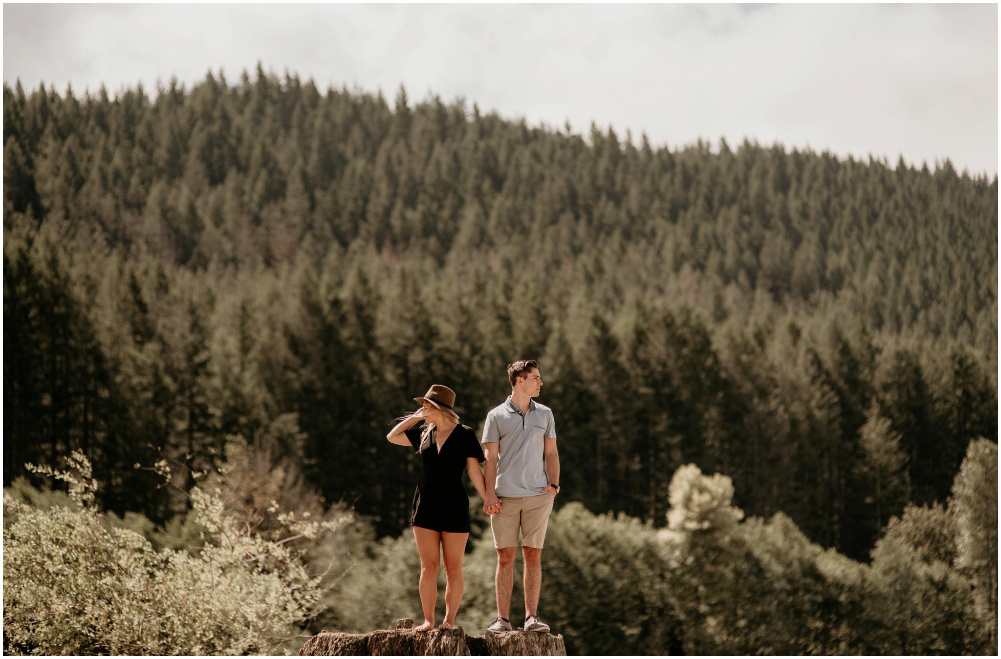 katie-nolan-rattlesnake-lake-engagement-session-seattle-wedding-photographer-016.jpg
