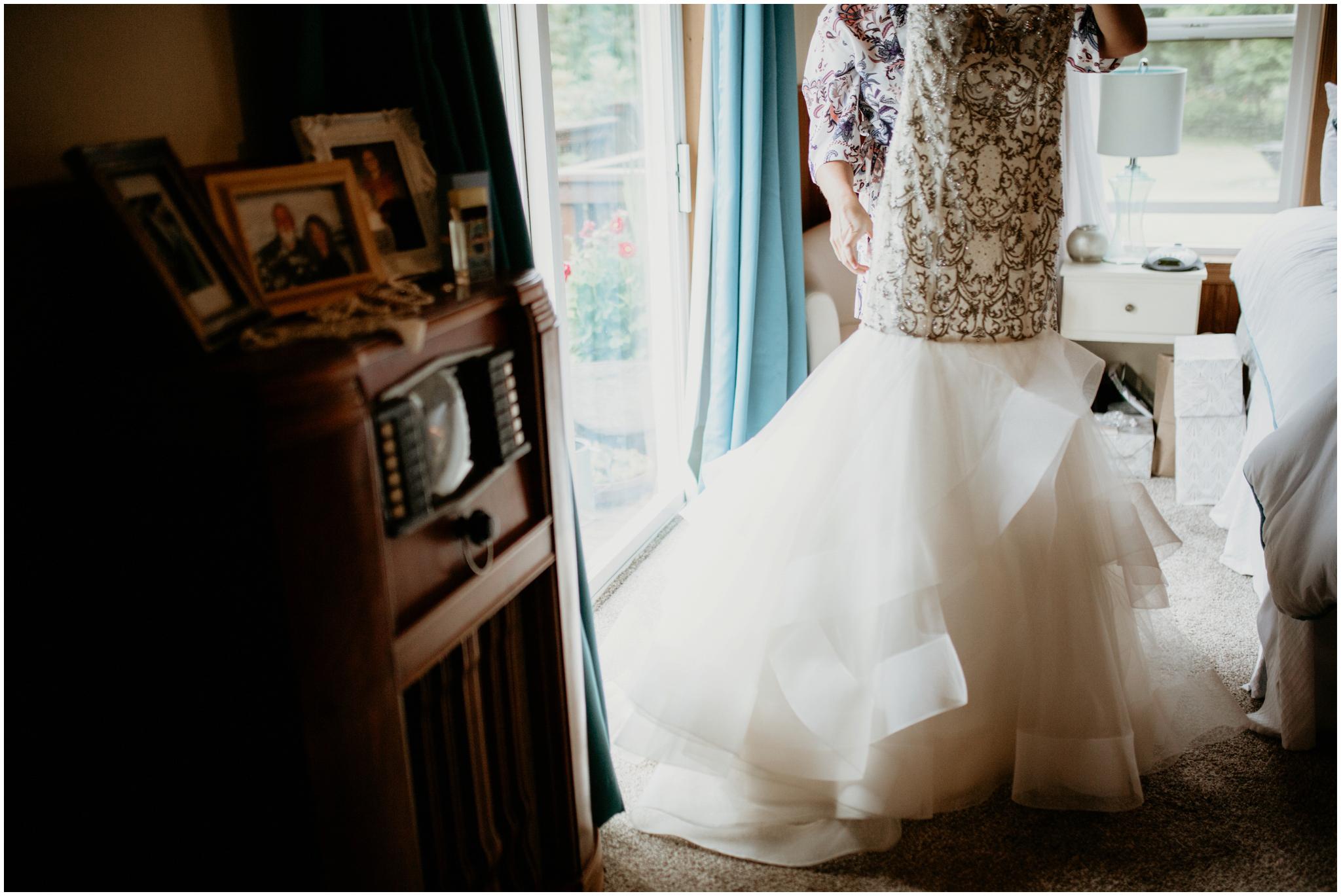 alex-and-matthew-three-cs-farm-venue-seattle-wedding-photographer-020.jpg
