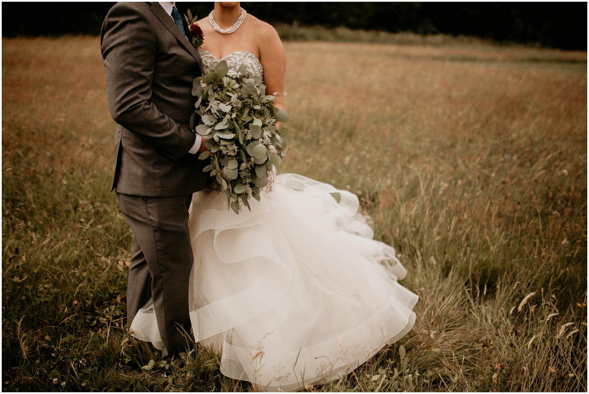 alex-and-matthew-three-cs-farm-venue-seattle-wedding-photographer-041.jpg