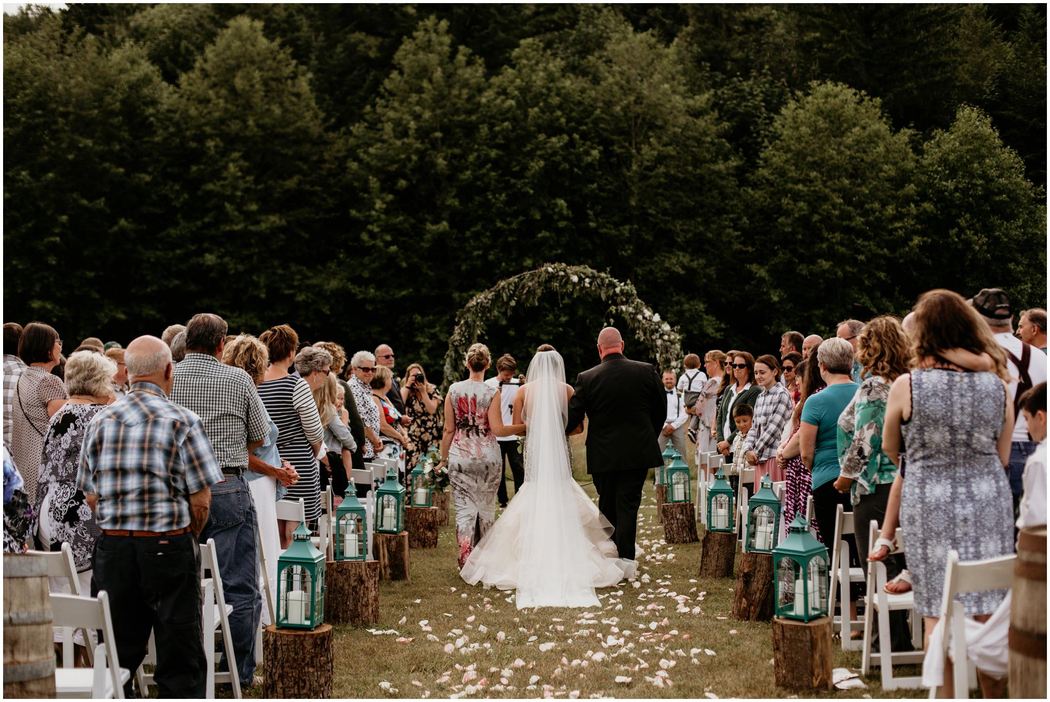 alex-and-matthew-three-cs-farm-venue-seattle-wedding-photographer-101.jpg