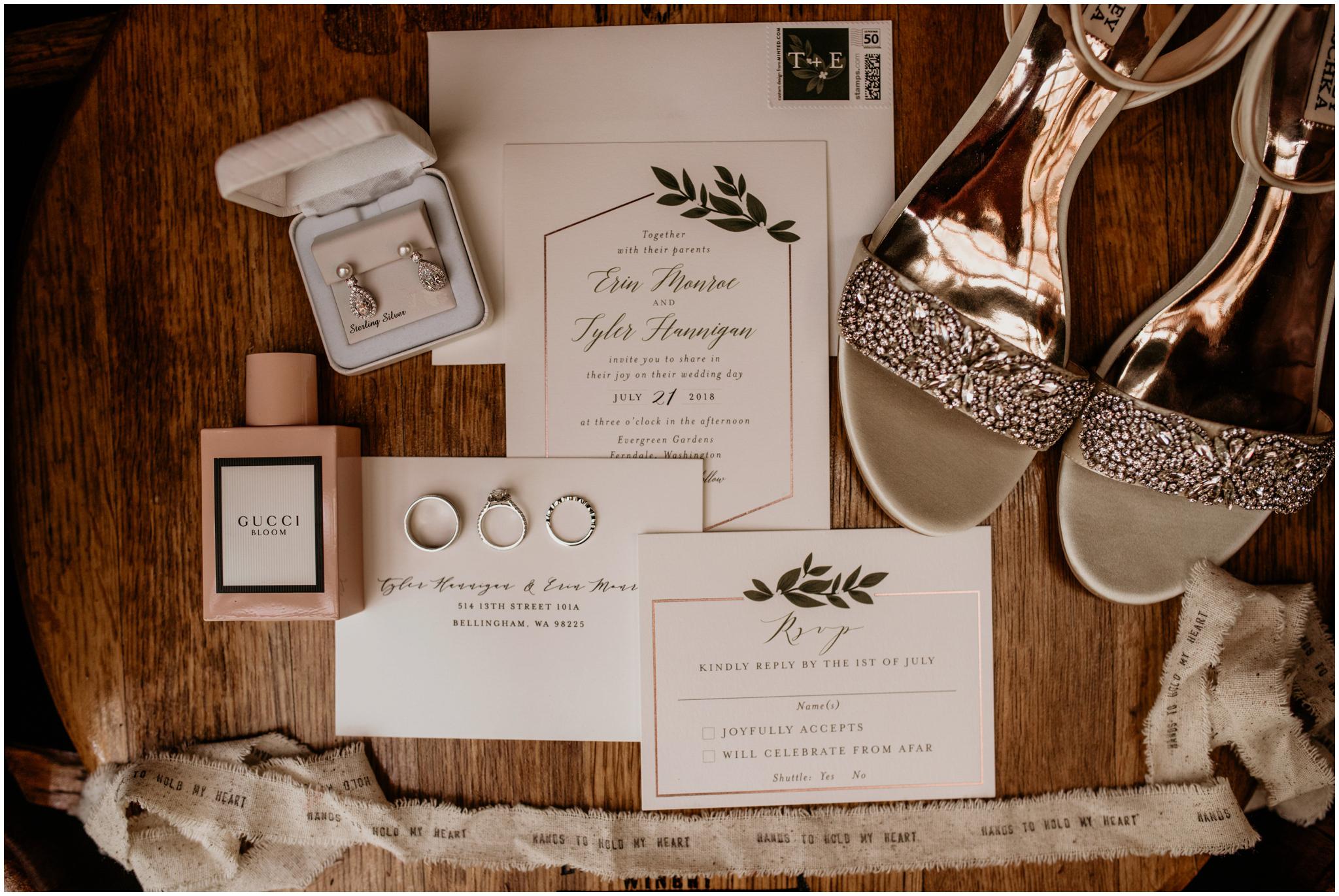 erin-and-tyler-evergreen-gardens-bellingham-wedding-photographer-004.jpg