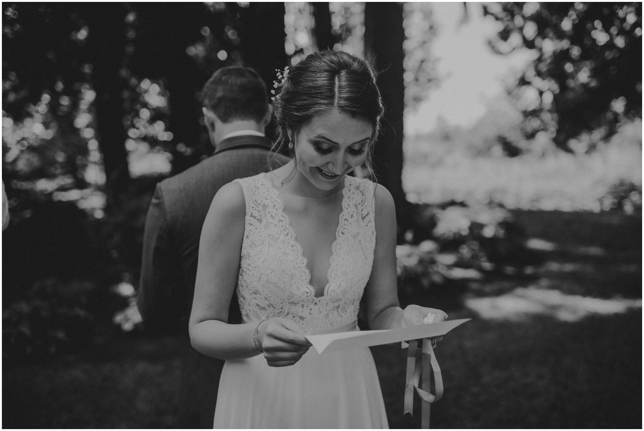 erin-and-tyler-evergreen-gardens-bellingham-wedding-photographer-026.jpg