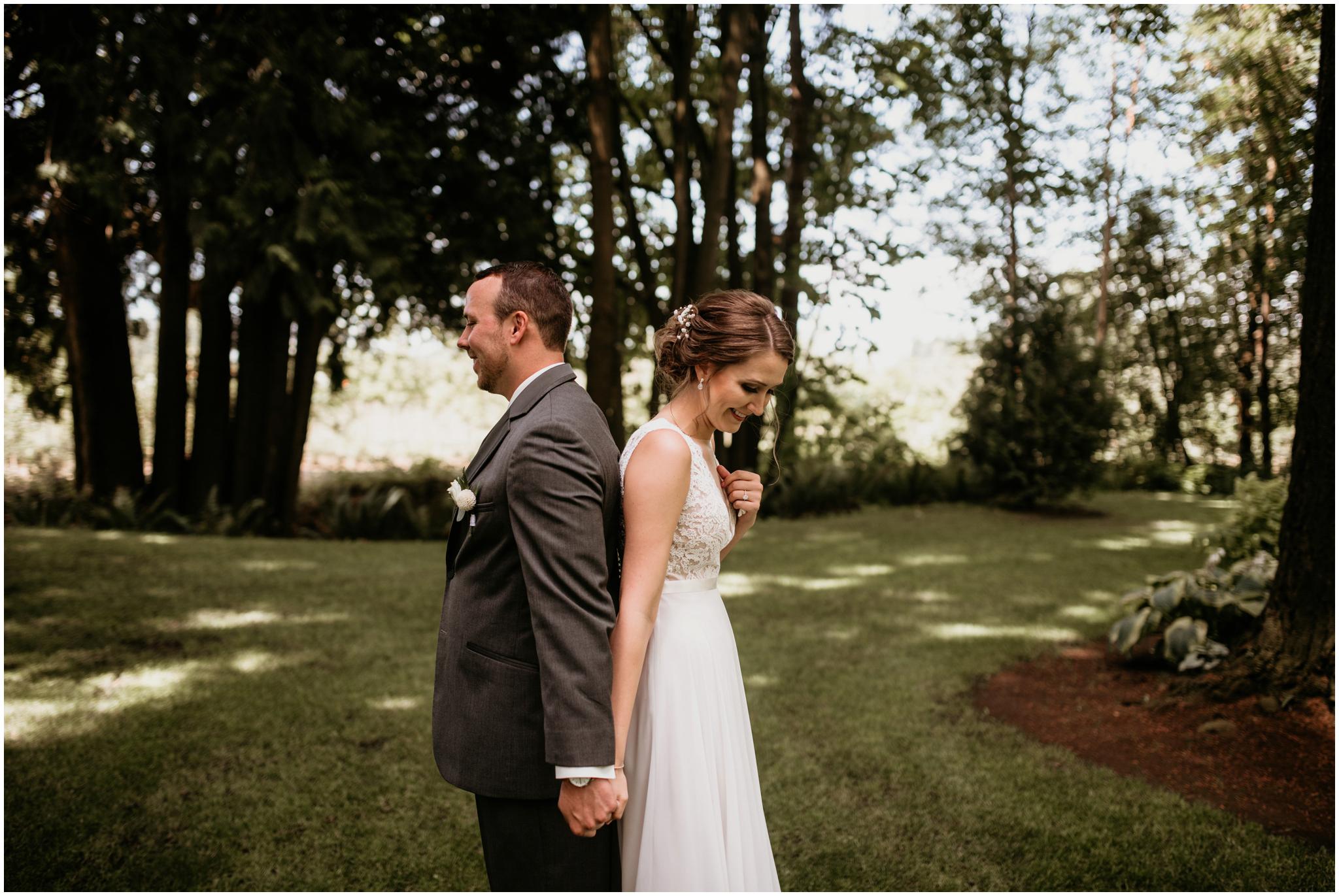 erin-and-tyler-evergreen-gardens-bellingham-wedding-photographer-029.jpg