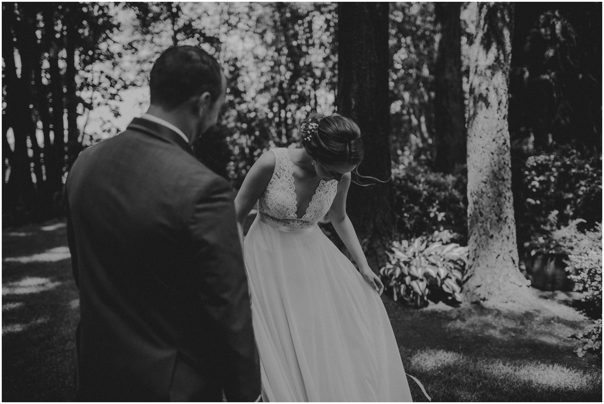 erin-and-tyler-evergreen-gardens-bellingham-wedding-photographer-033.jpg
