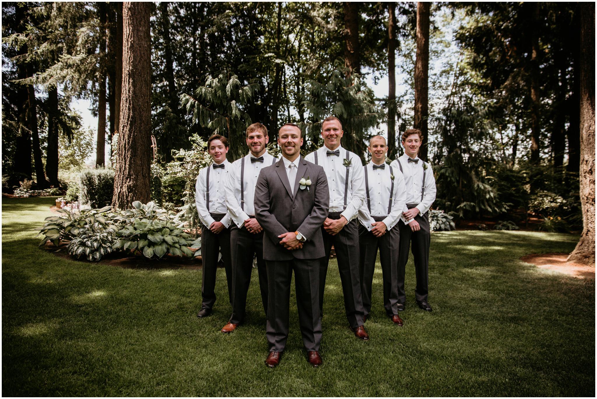 erin-and-tyler-evergreen-gardens-bellingham-wedding-photographer-036.jpg