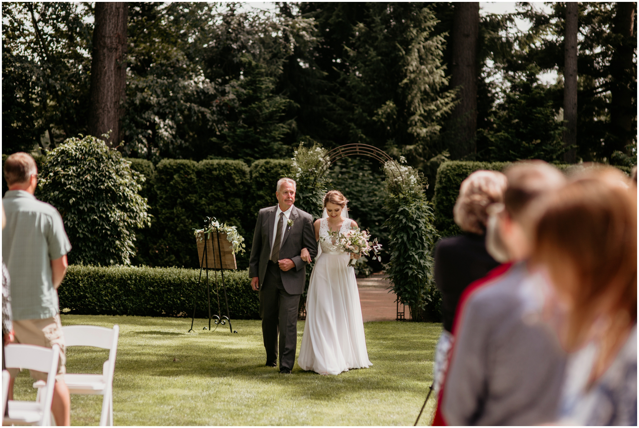 erin-and-tyler-evergreen-gardens-bellingham-wedding-photographer-060.jpg