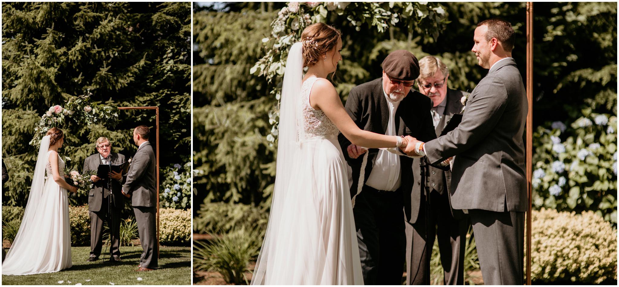 erin-and-tyler-evergreen-gardens-bellingham-wedding-photographer-064.jpg