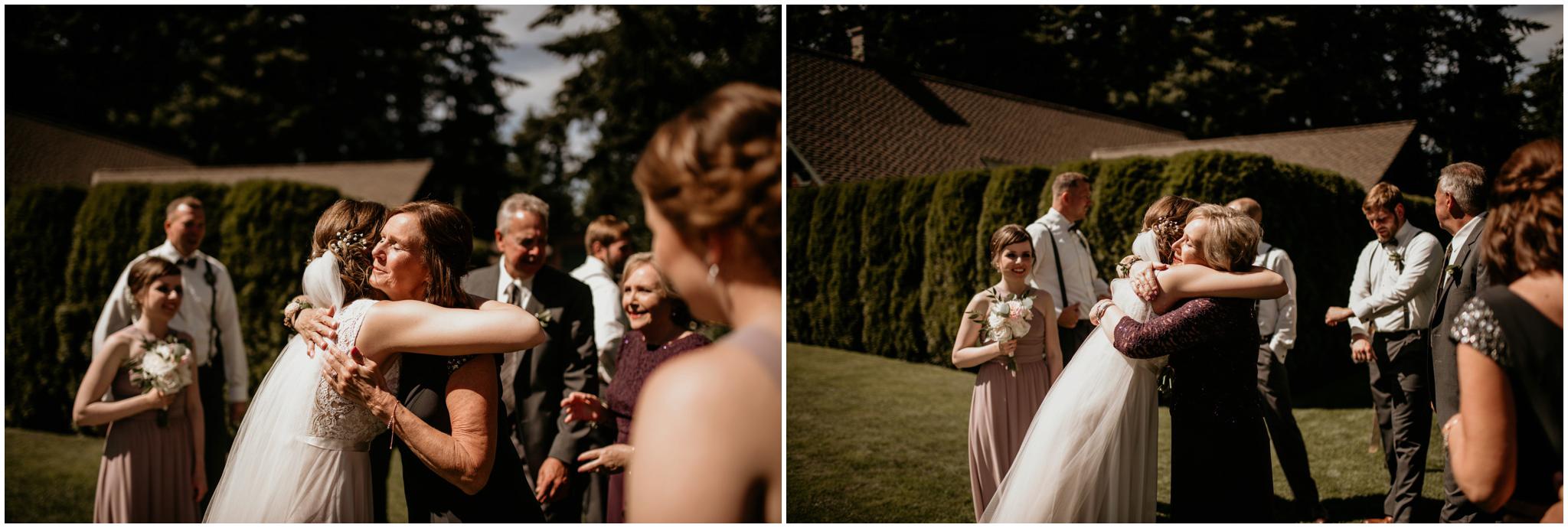 erin-and-tyler-evergreen-gardens-bellingham-wedding-photographer-066.jpg