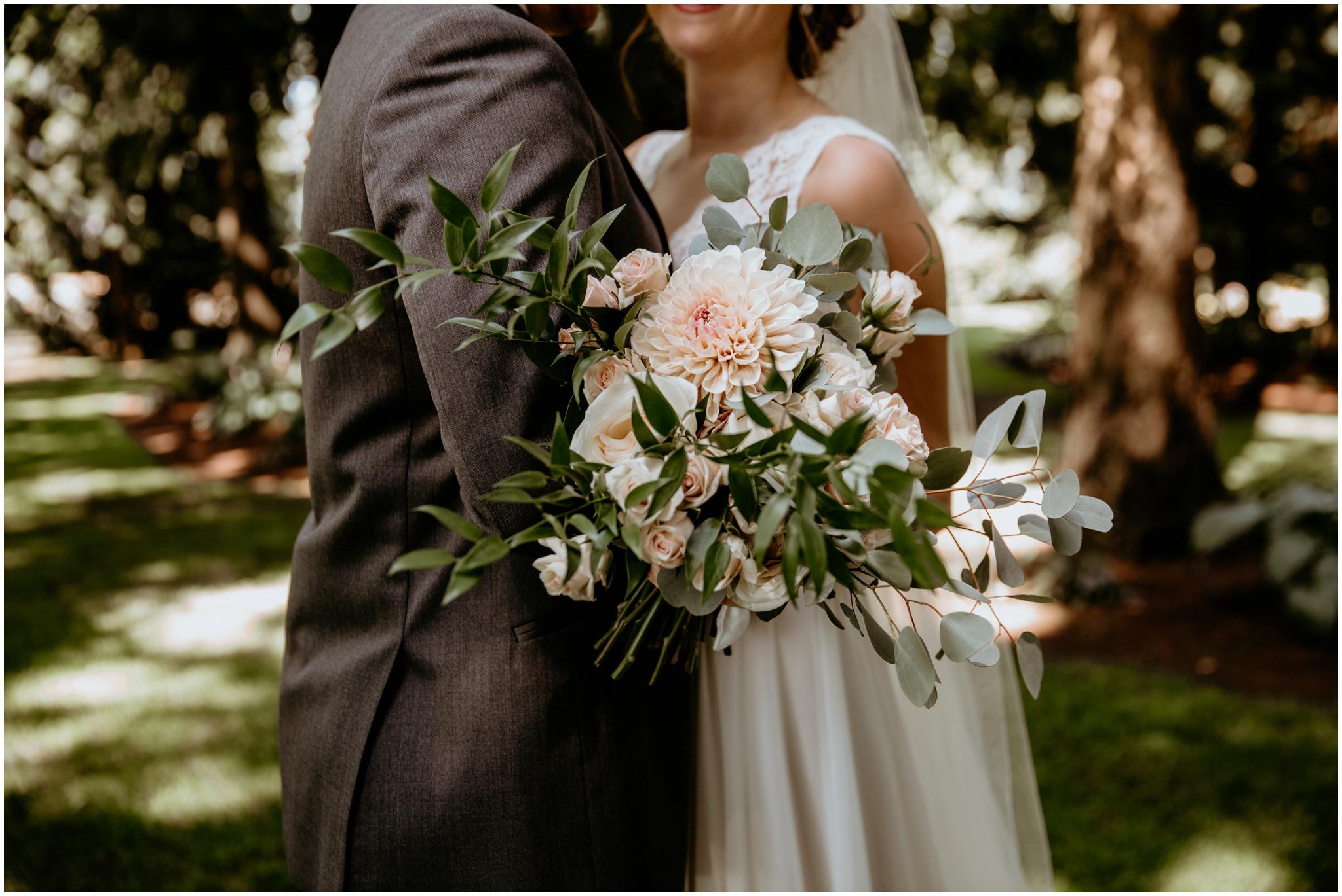 erin-and-tyler-evergreen-gardens-bellingham-wedding-photographer-067.jpg