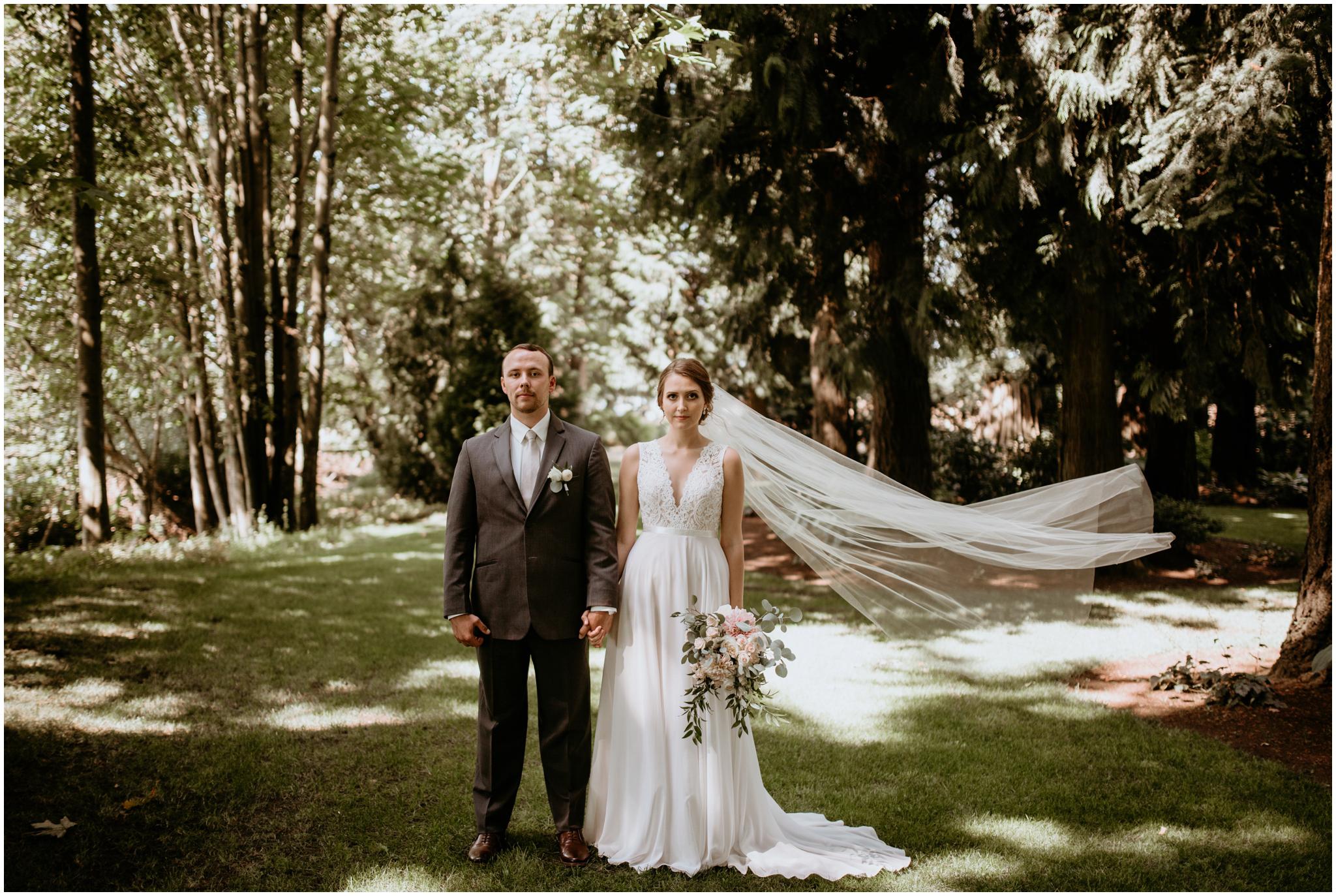 erin-and-tyler-evergreen-gardens-bellingham-wedding-photographer-069.jpg